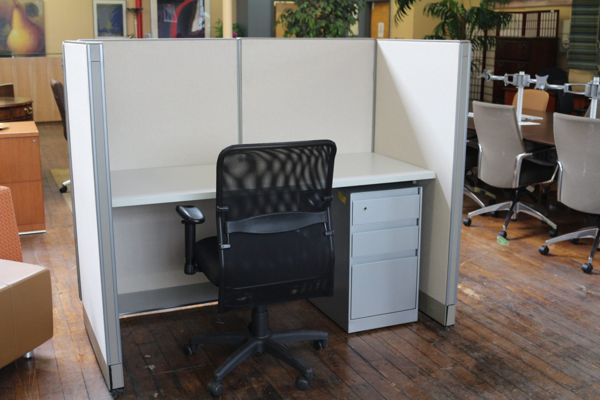 Steelcase Call Center Station (Used)