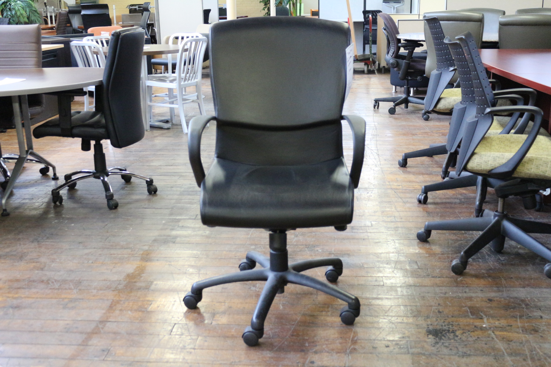Bernhardt Black Leather Conference Chair (Used)