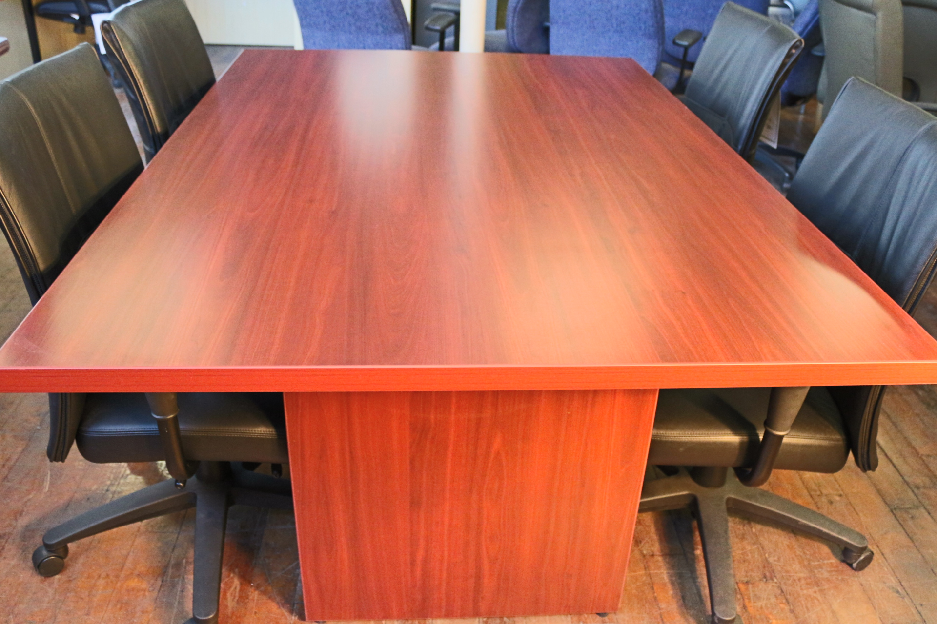 Peartree Baldwin American Cherry 6′ x 4′ Laminate Conference Table