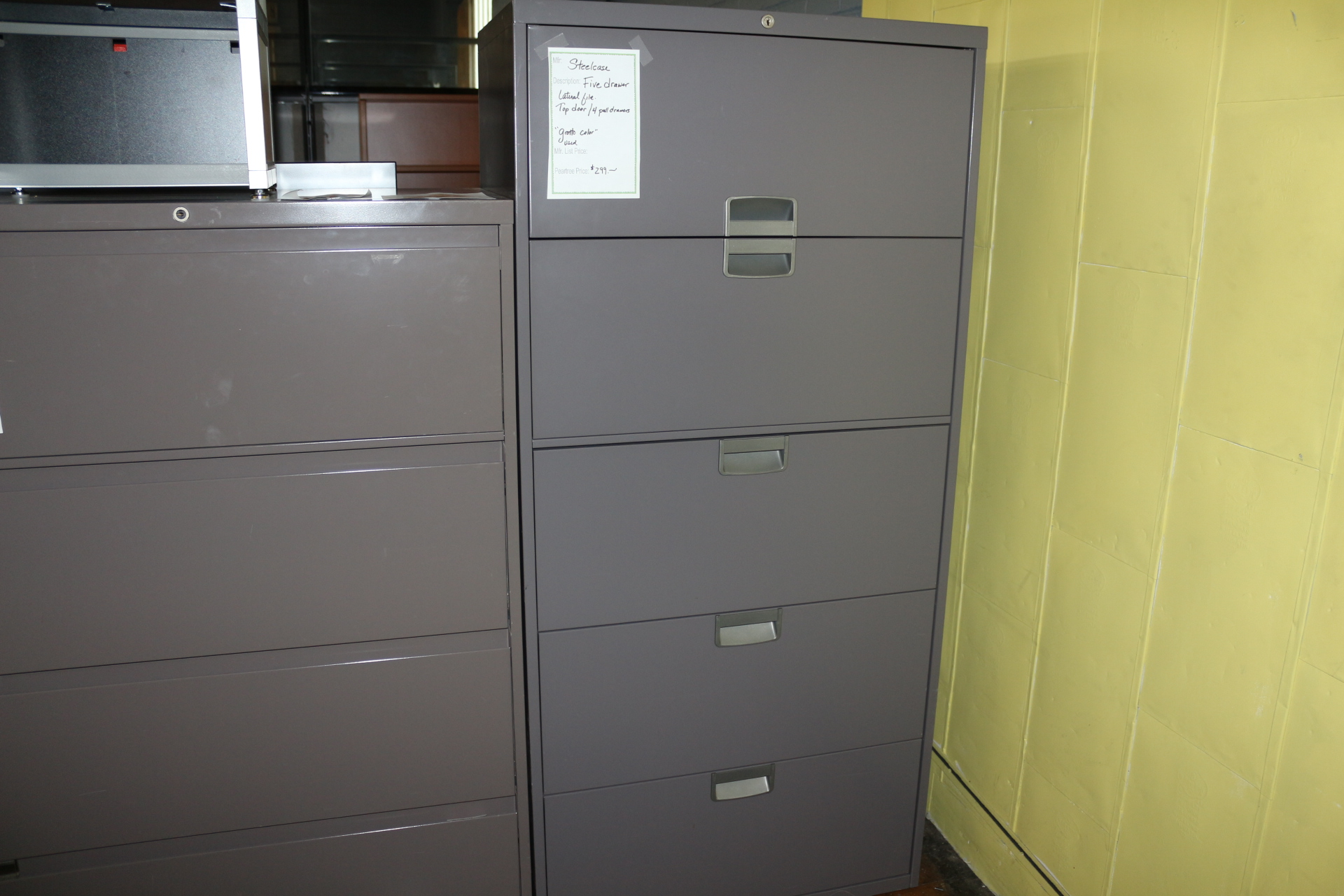 Steelcase 30″ 5 Drawer File Cabinet