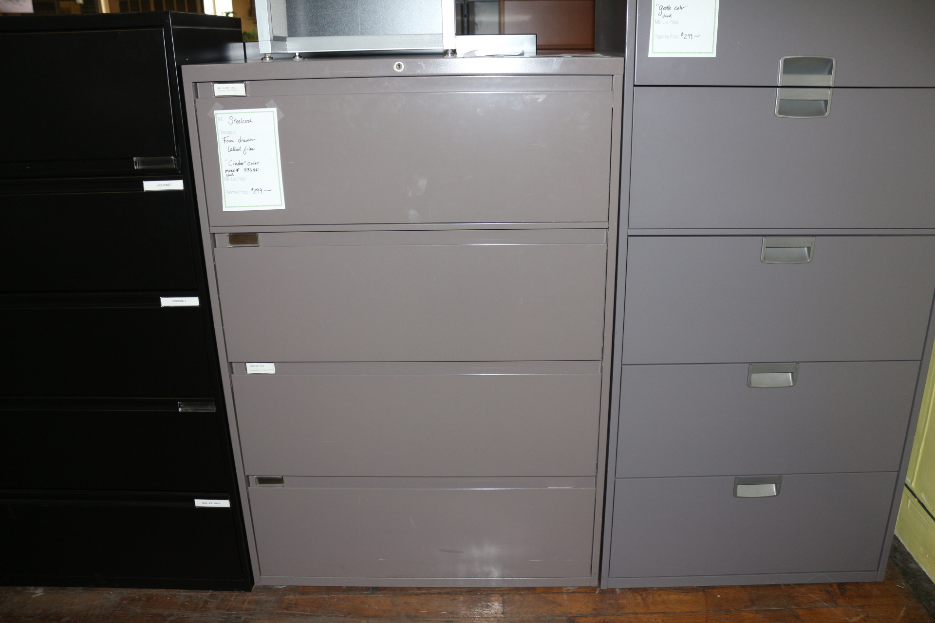 Office Specialty 36″ 4-Drawer File Cabinet