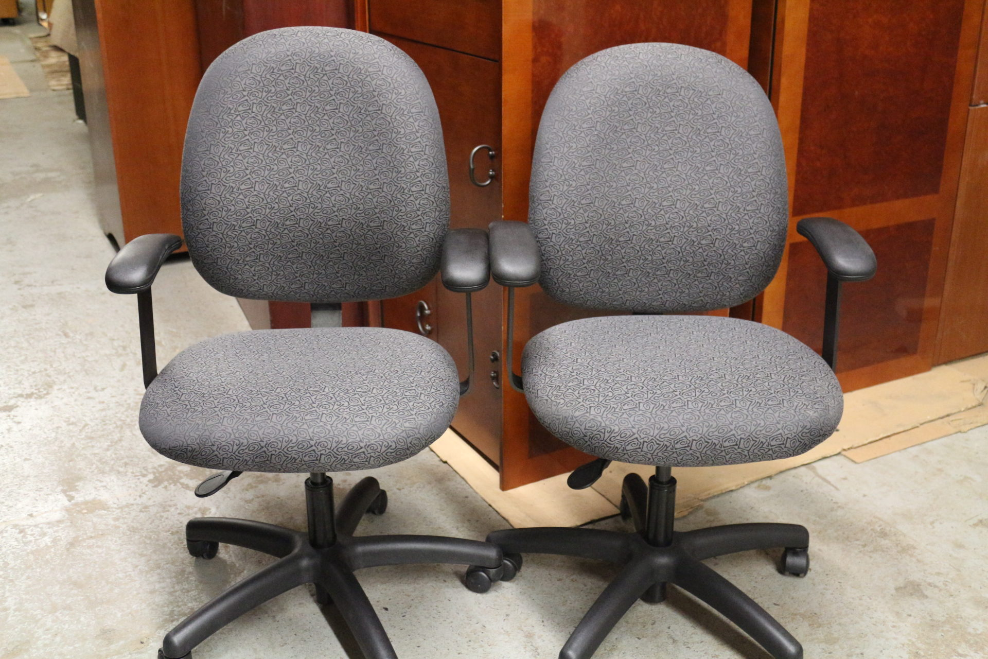 Stylex Black and Gray Task Chair