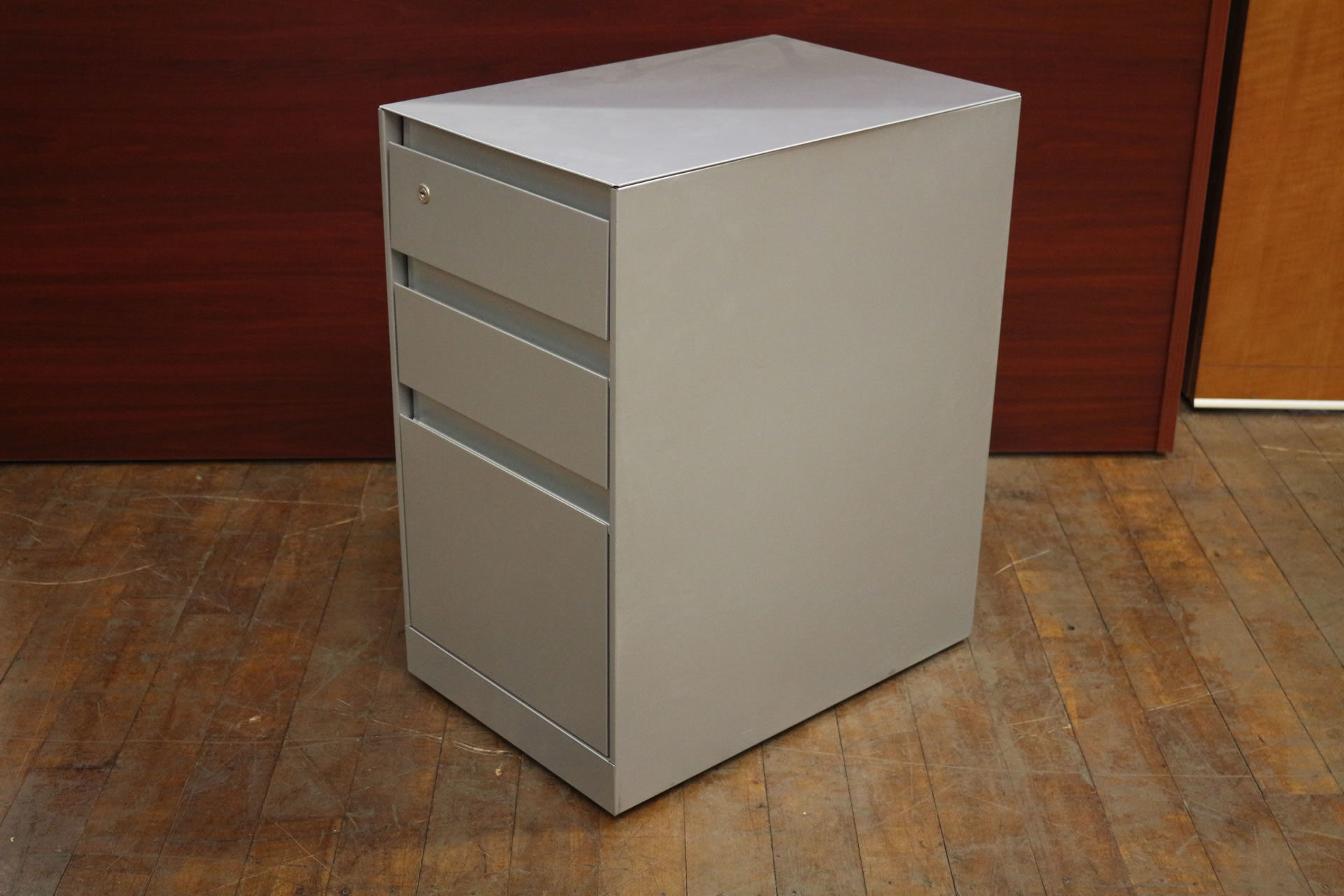 Used Steelcase Metal Mobile Pedestal File