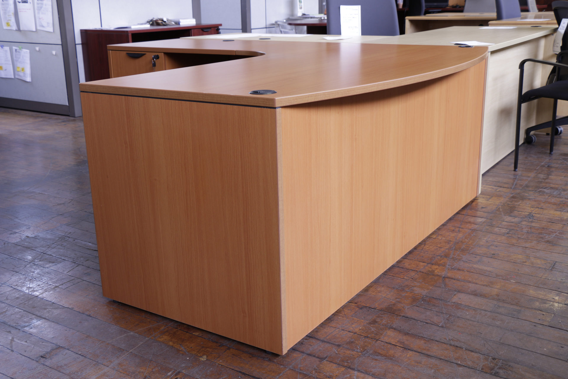 Light Cherry Bowfront Laminate L-Desk (Used)