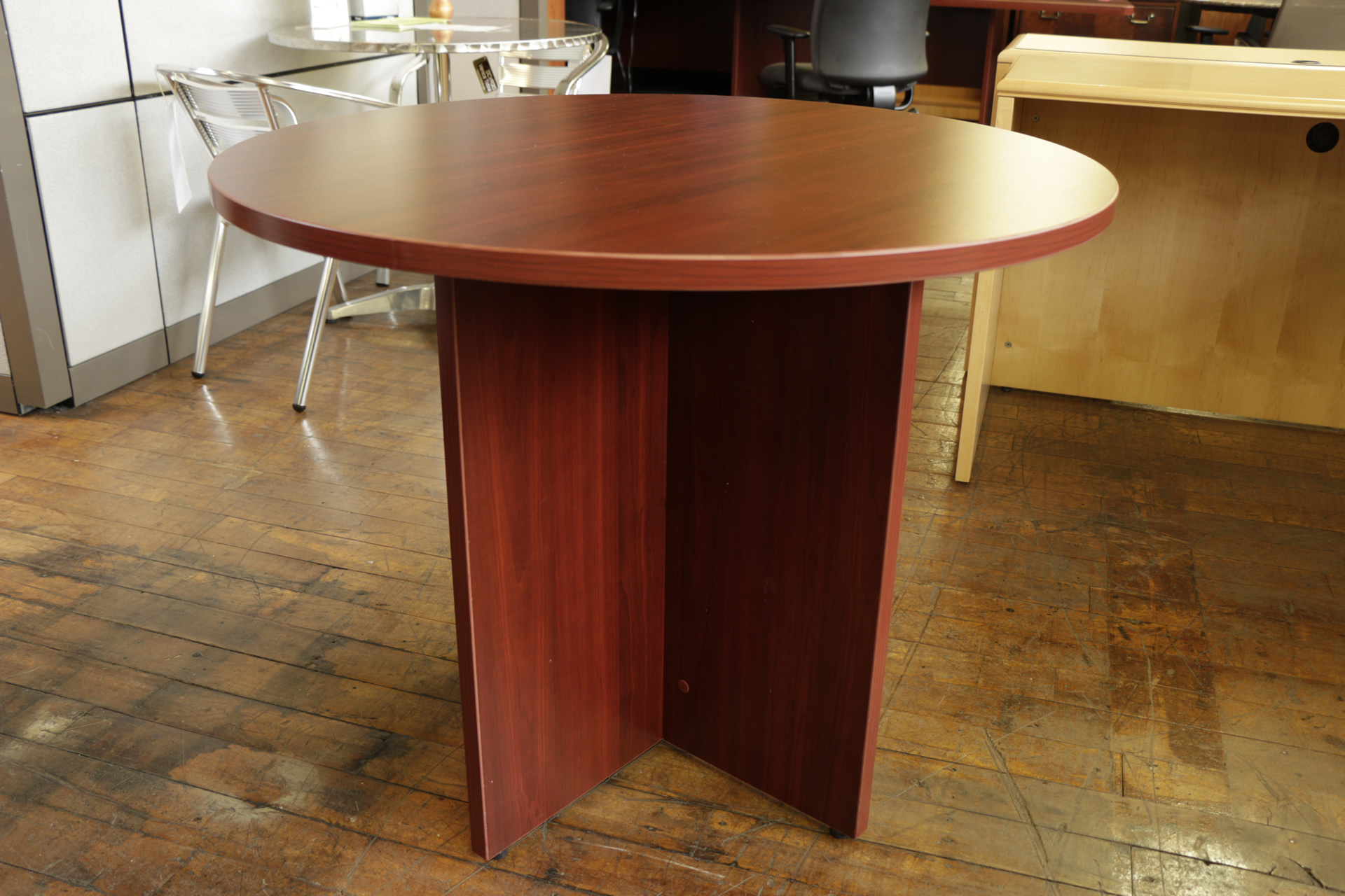 New Peartree 36″ Round Cherry Laminate  Meeting Table