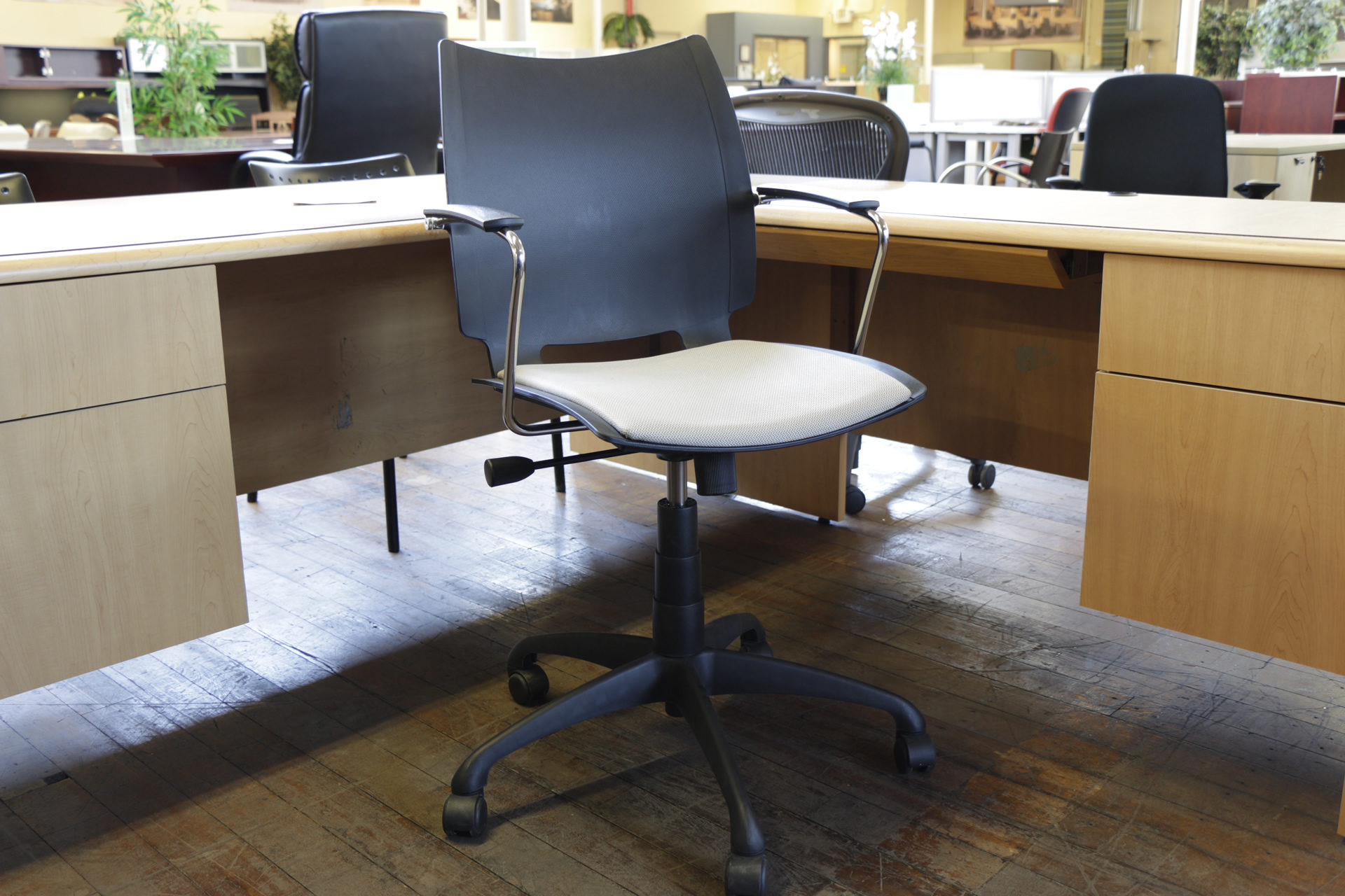 "Source International ""iSwivel"" Chairs (Used)"
