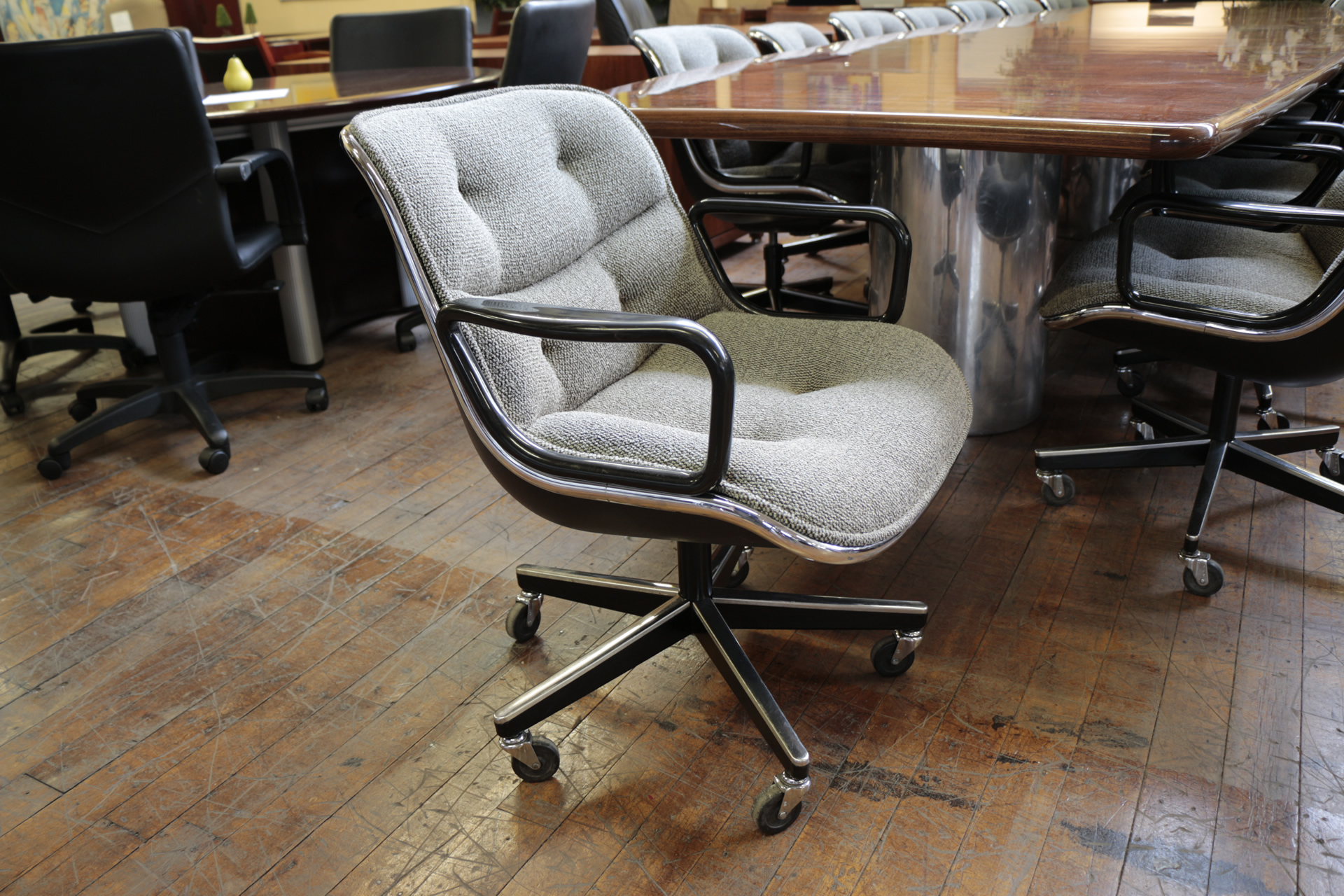 Knoll Pollock Executive Arm Chairs