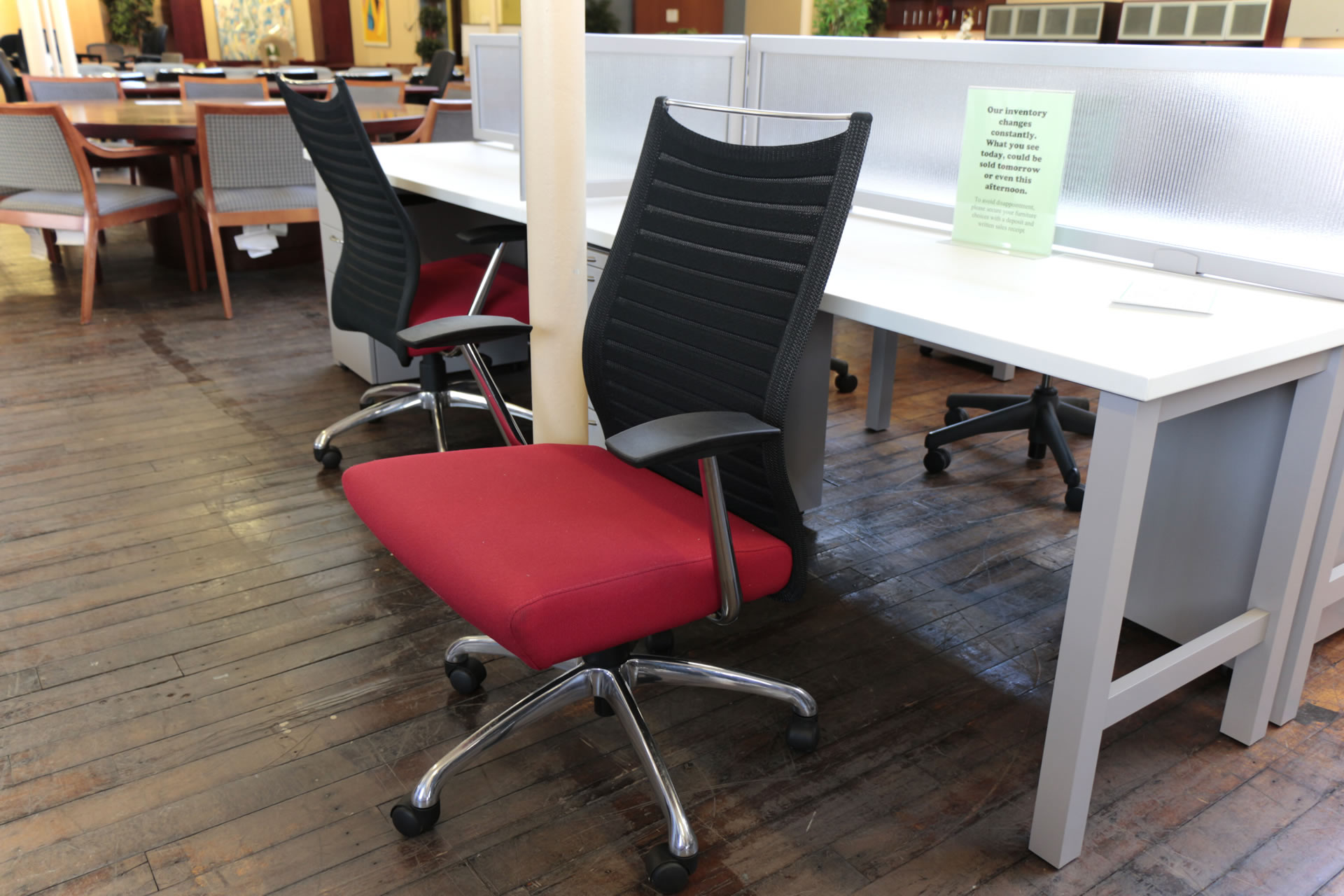 Source International Purl Managerial Red & Black Mesh Task Chair