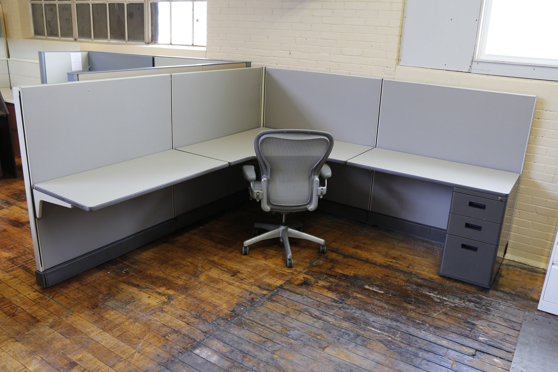 Herman Miller AO2 8×8 Cubicles