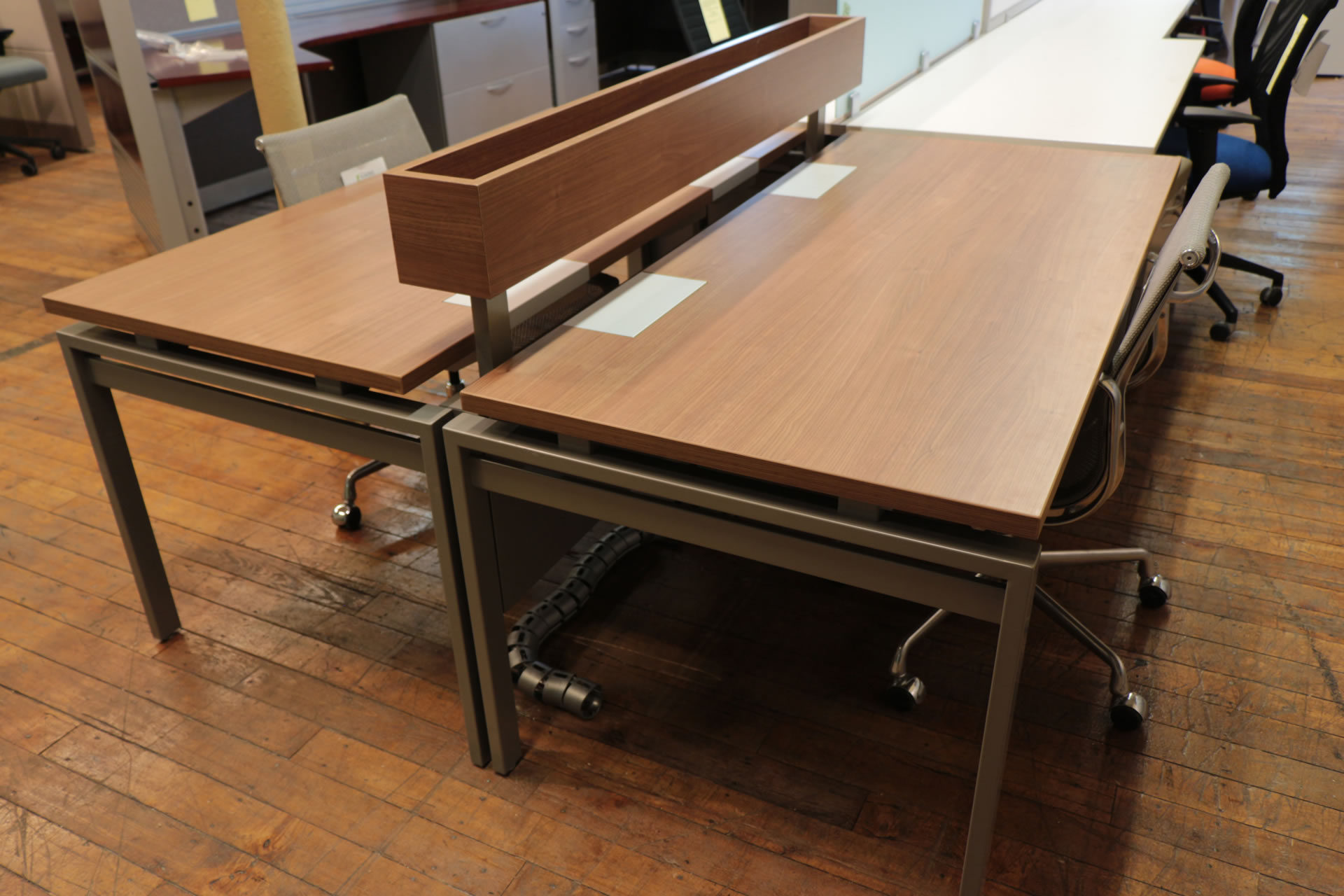 Inscape Benching Systems – Walnut with Silver Metallic Trim
