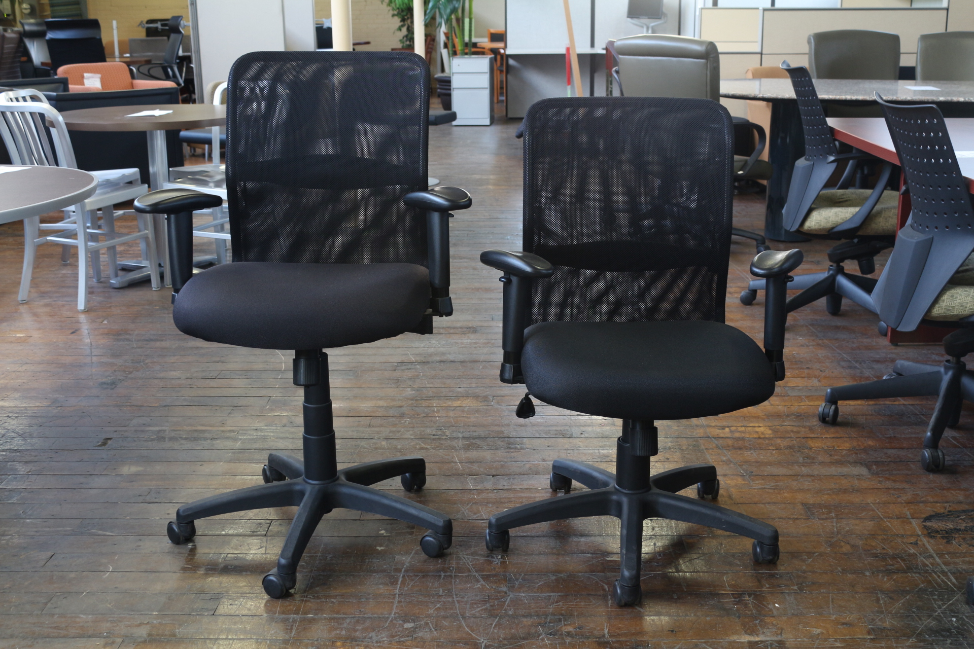 Peartree XSN Task Chair