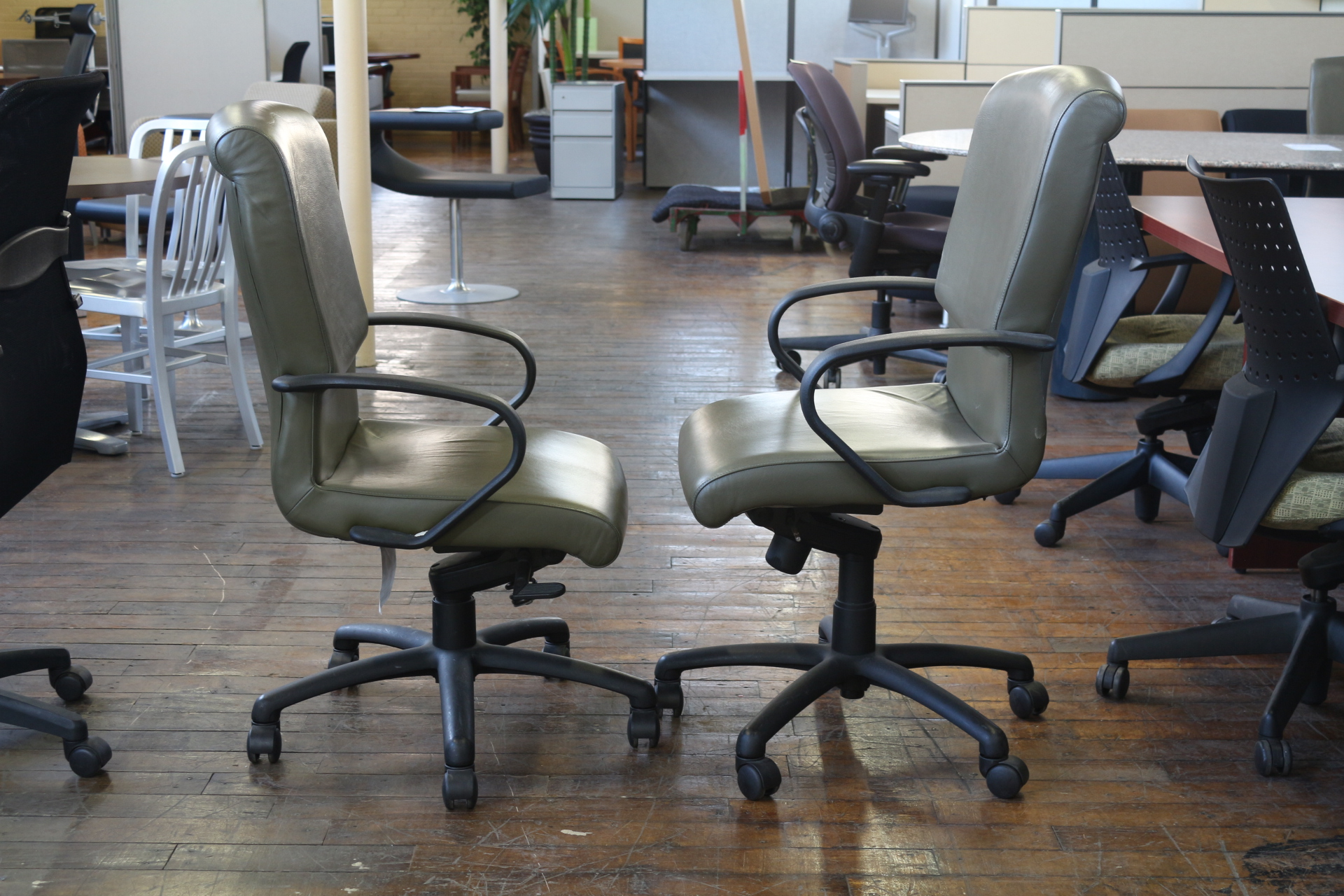 Bernhardt Stone Leather Conference Chairs