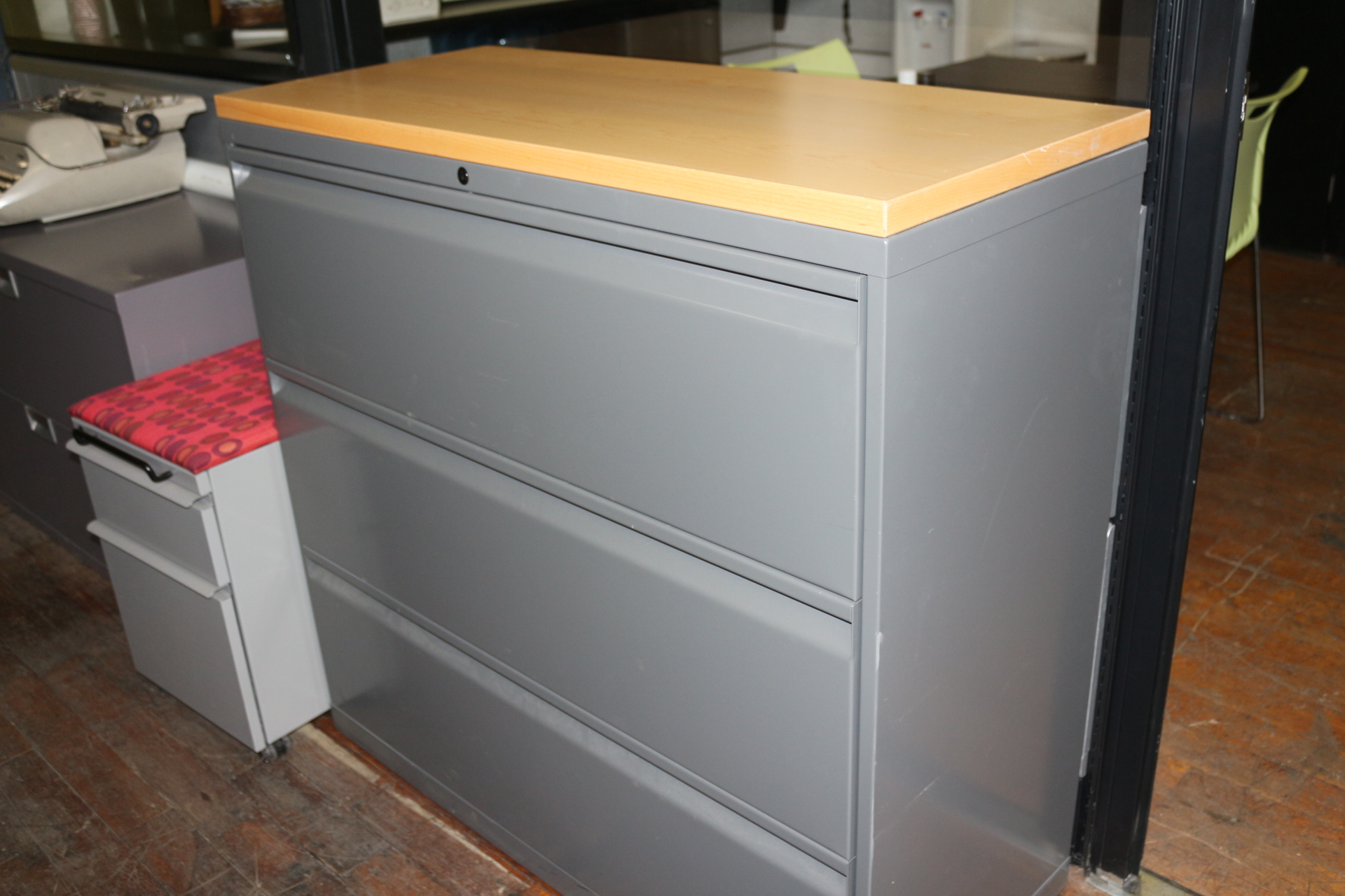 peartreeofficefurniture_peartreeofficefurniture_img_0845.jpg