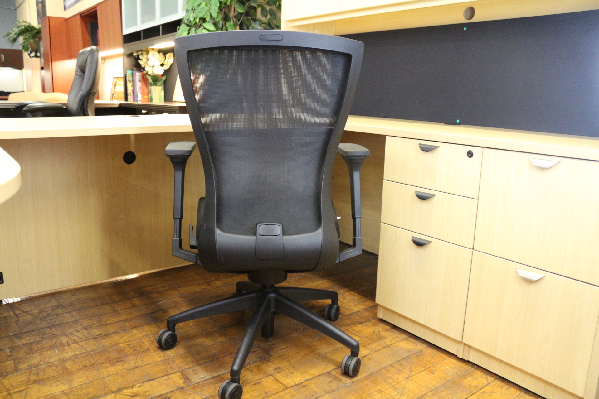 peartreeofficefurniture_peartreeofficefurniture_img_0937.jpg