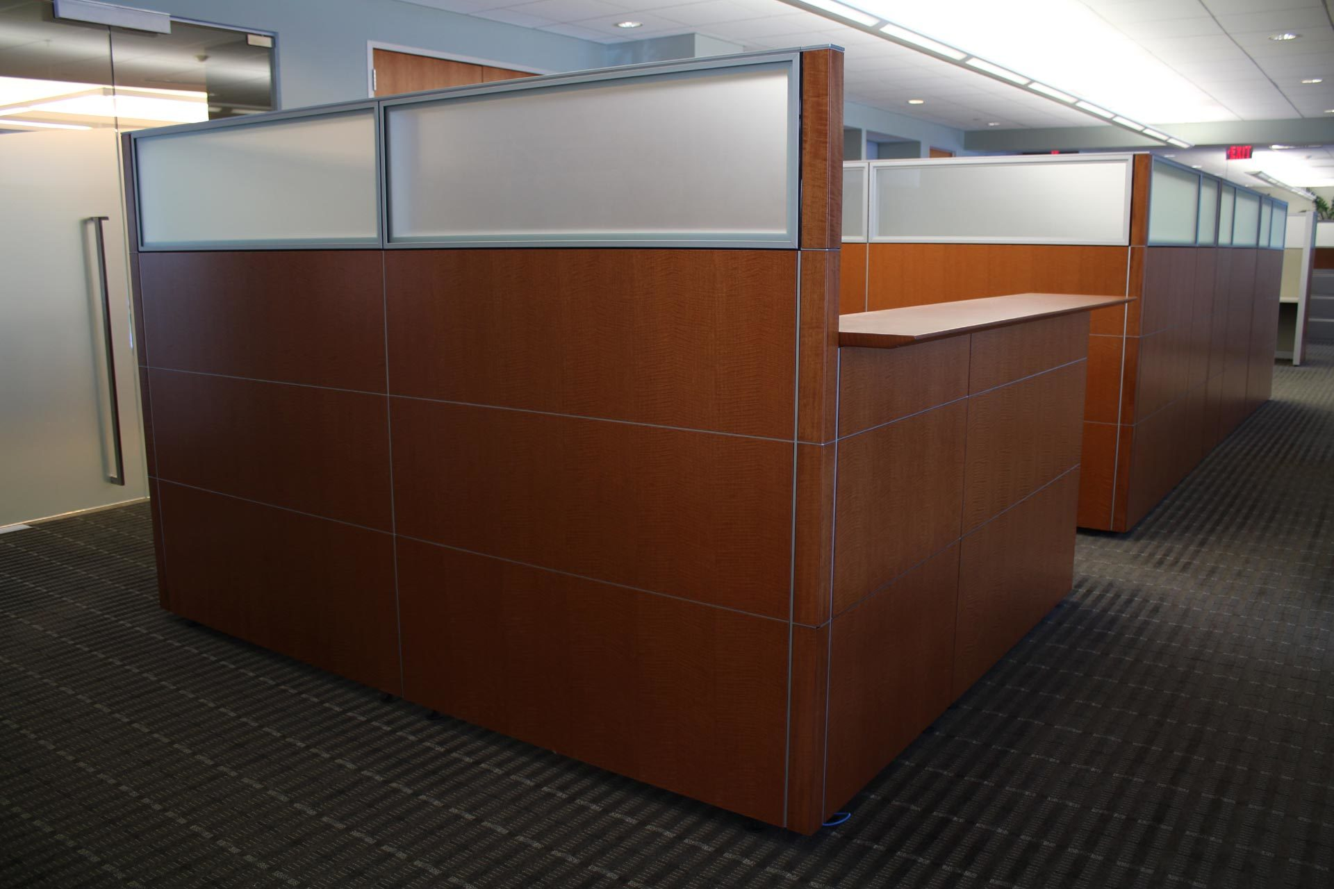 peartreeofficefurniture_peartreeofficefurniture_knoll-reff-reception-desk-2.jpg