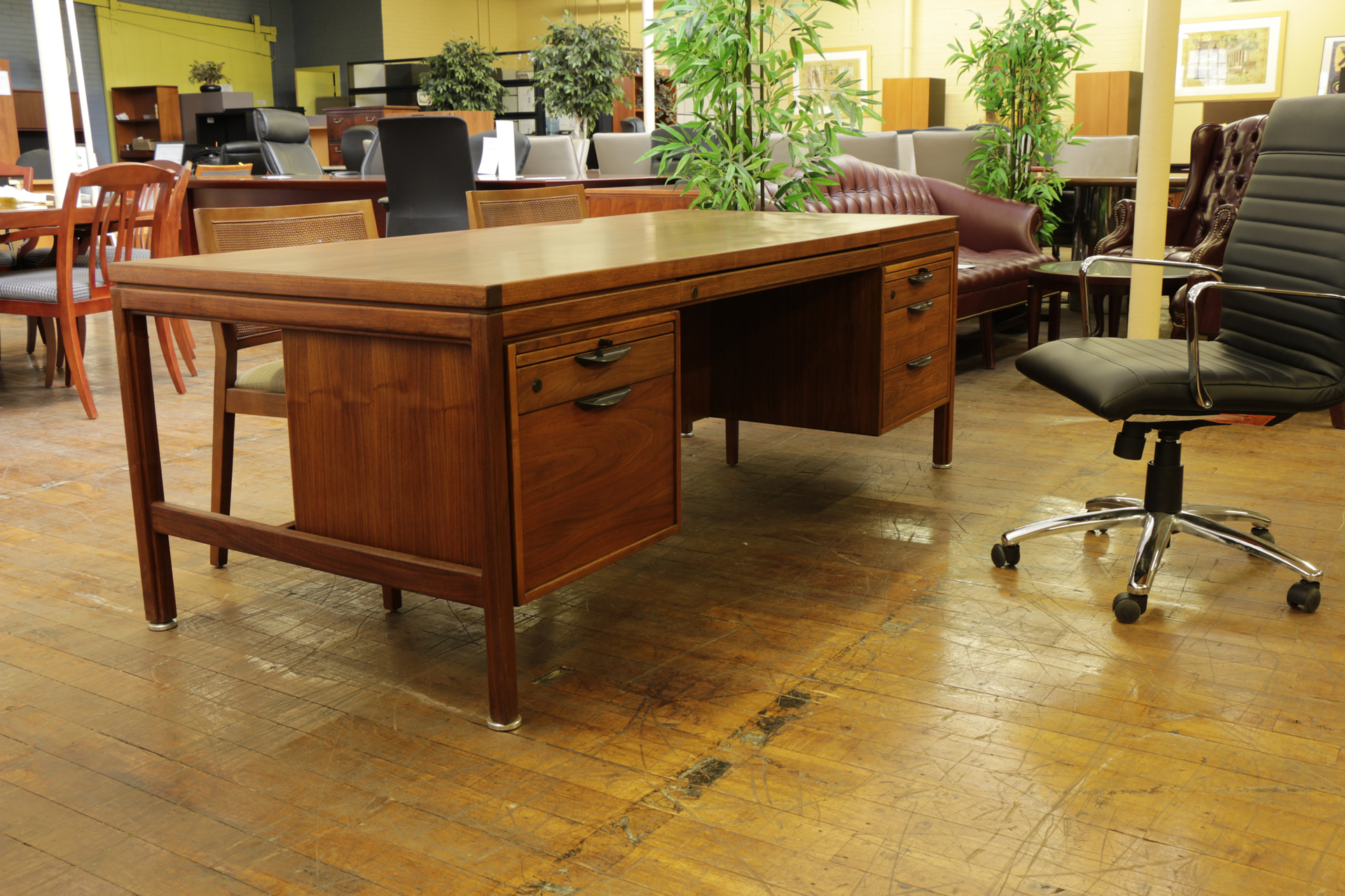 Jens Risom Vintage Mid Century Oiled Walnut Desk Peartree Office Furniture