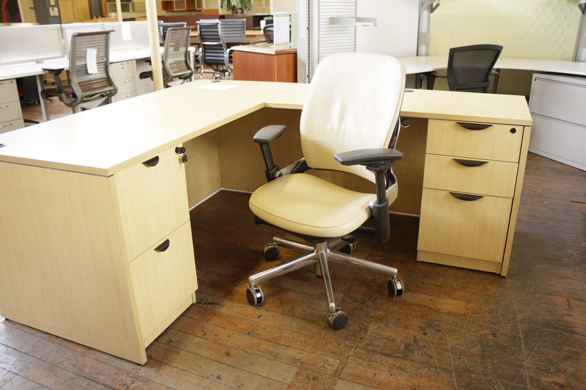 Steelcase Leap Chair with Cream Leather & Chrome Base