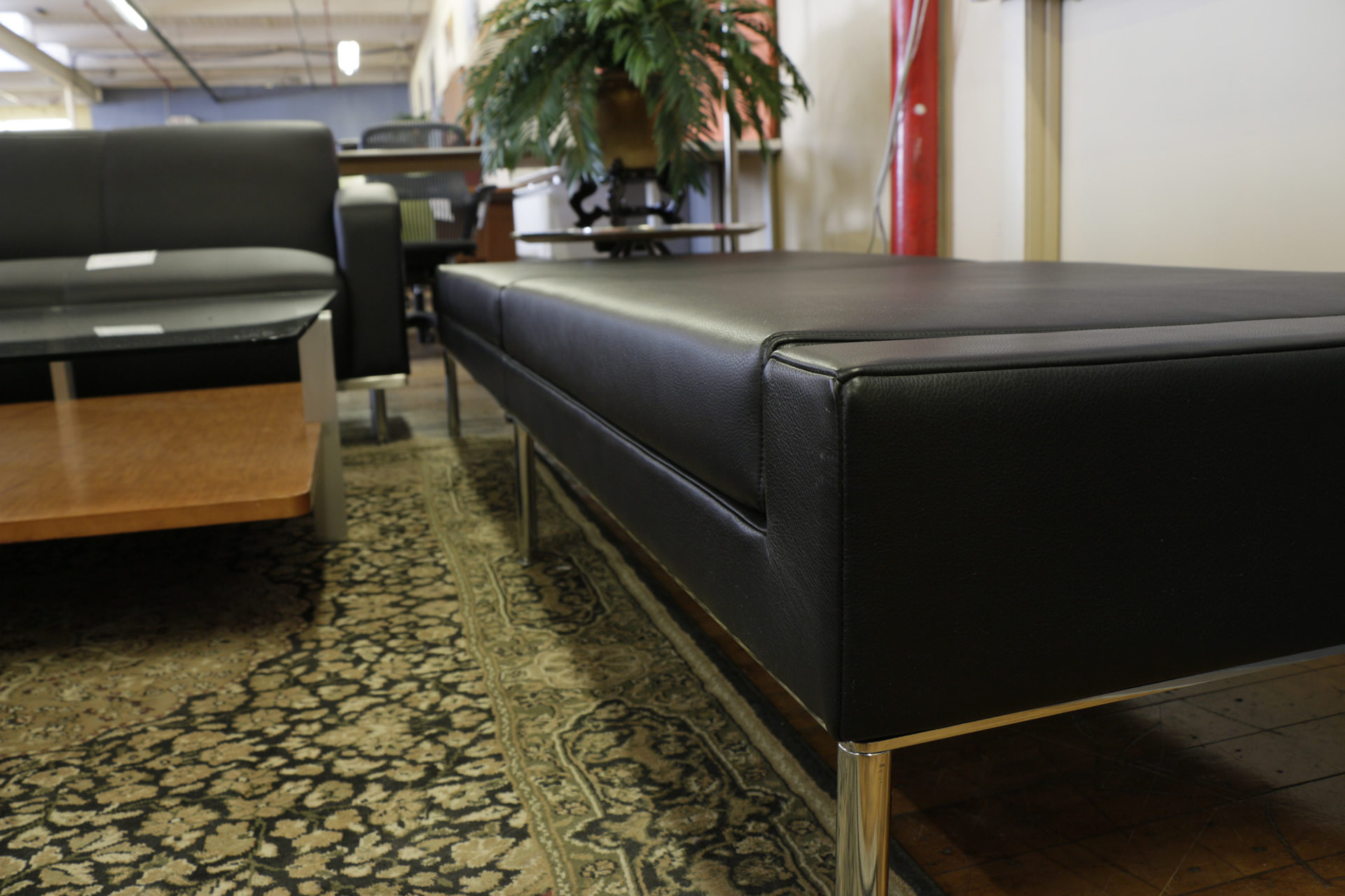 Keilhauer Dario Black Leather Bench