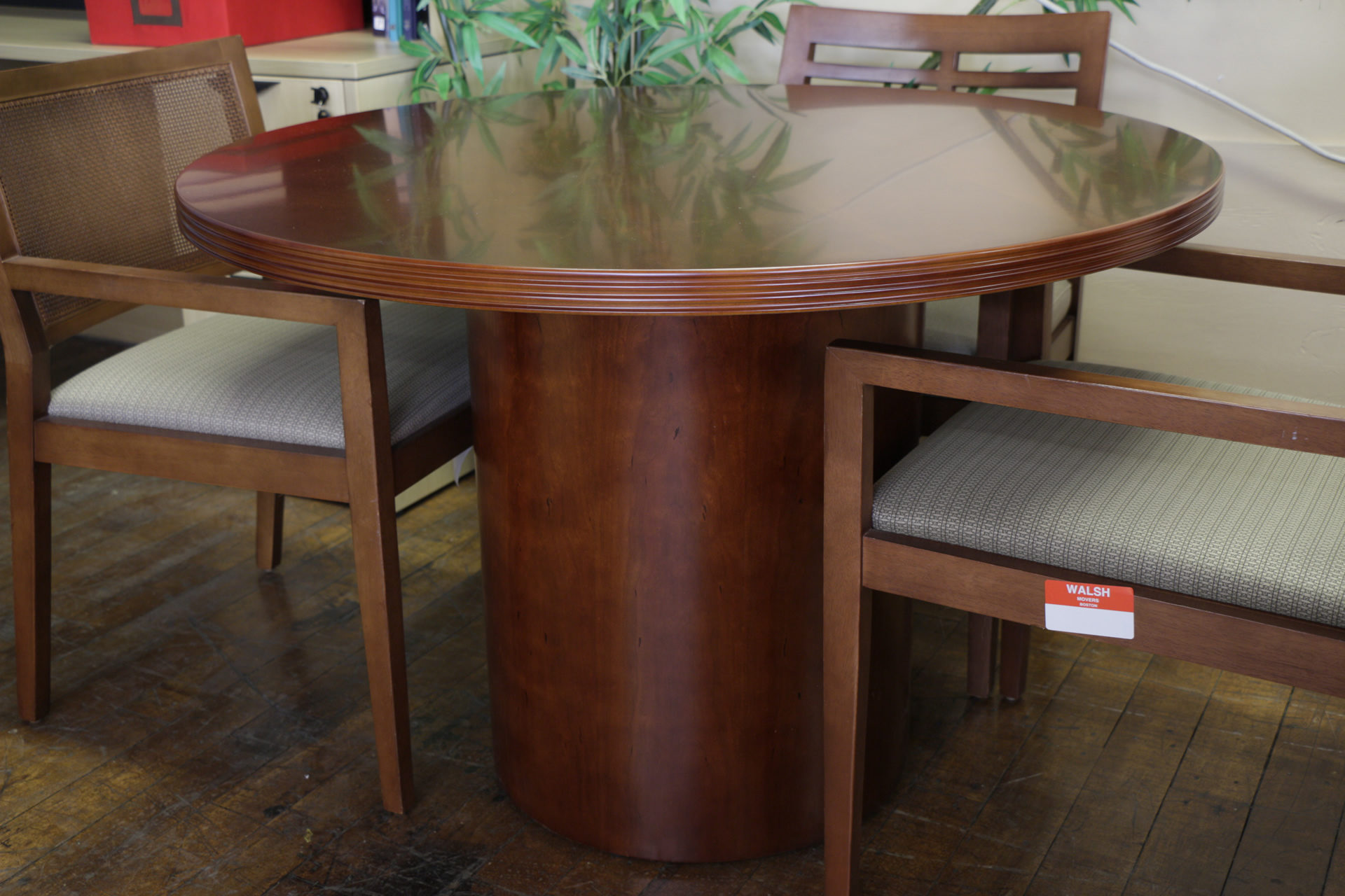 """Peartree """"Sierra"""" Series 42″ Round Toffee Conference Table"""