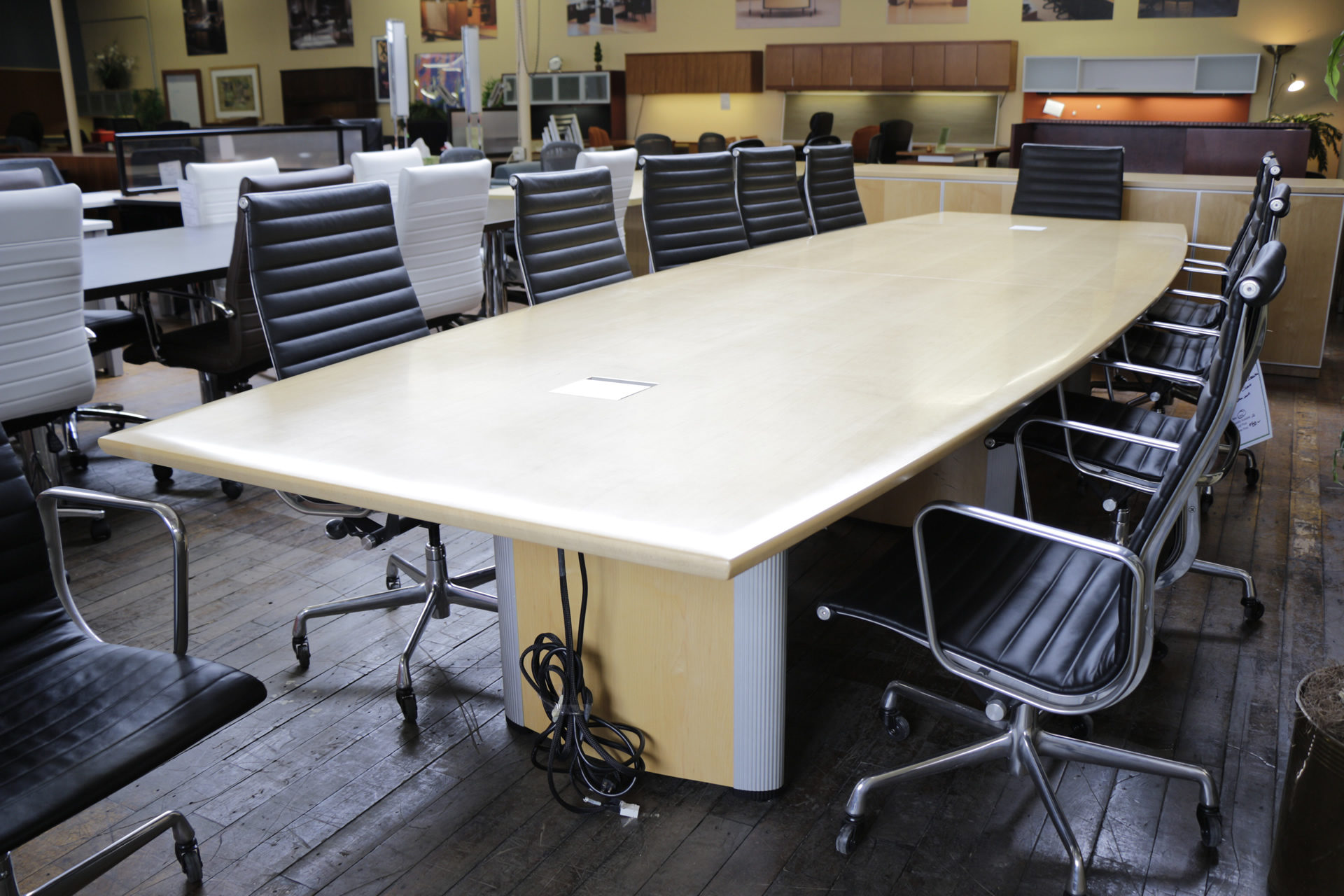 Nienkamper Vox 14′ Maple Boat Shaped Conference Table with Power & Data Forums