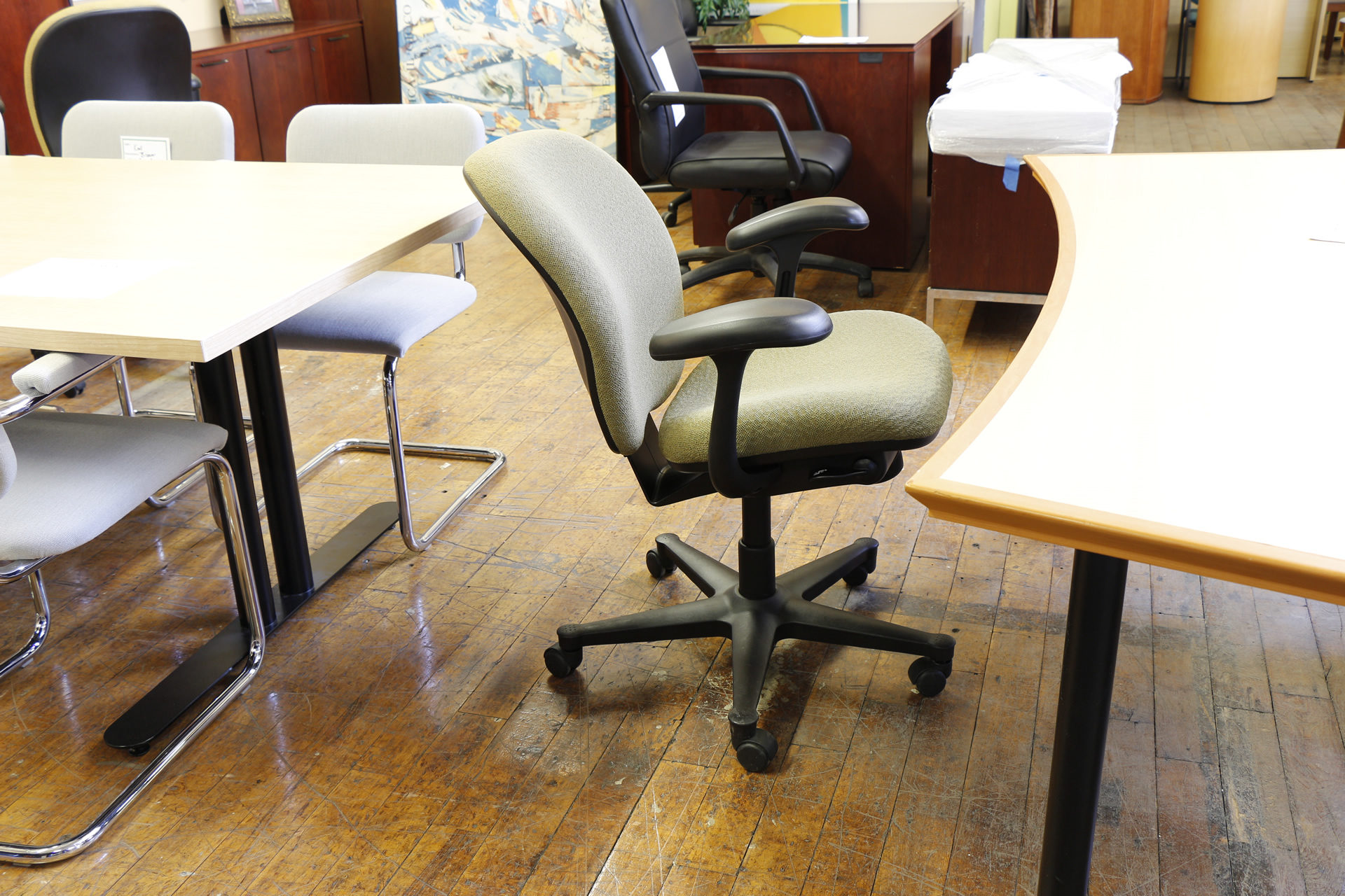 peartreeofficefurniture_peartreeofficefurniture_mg_4114.jpg