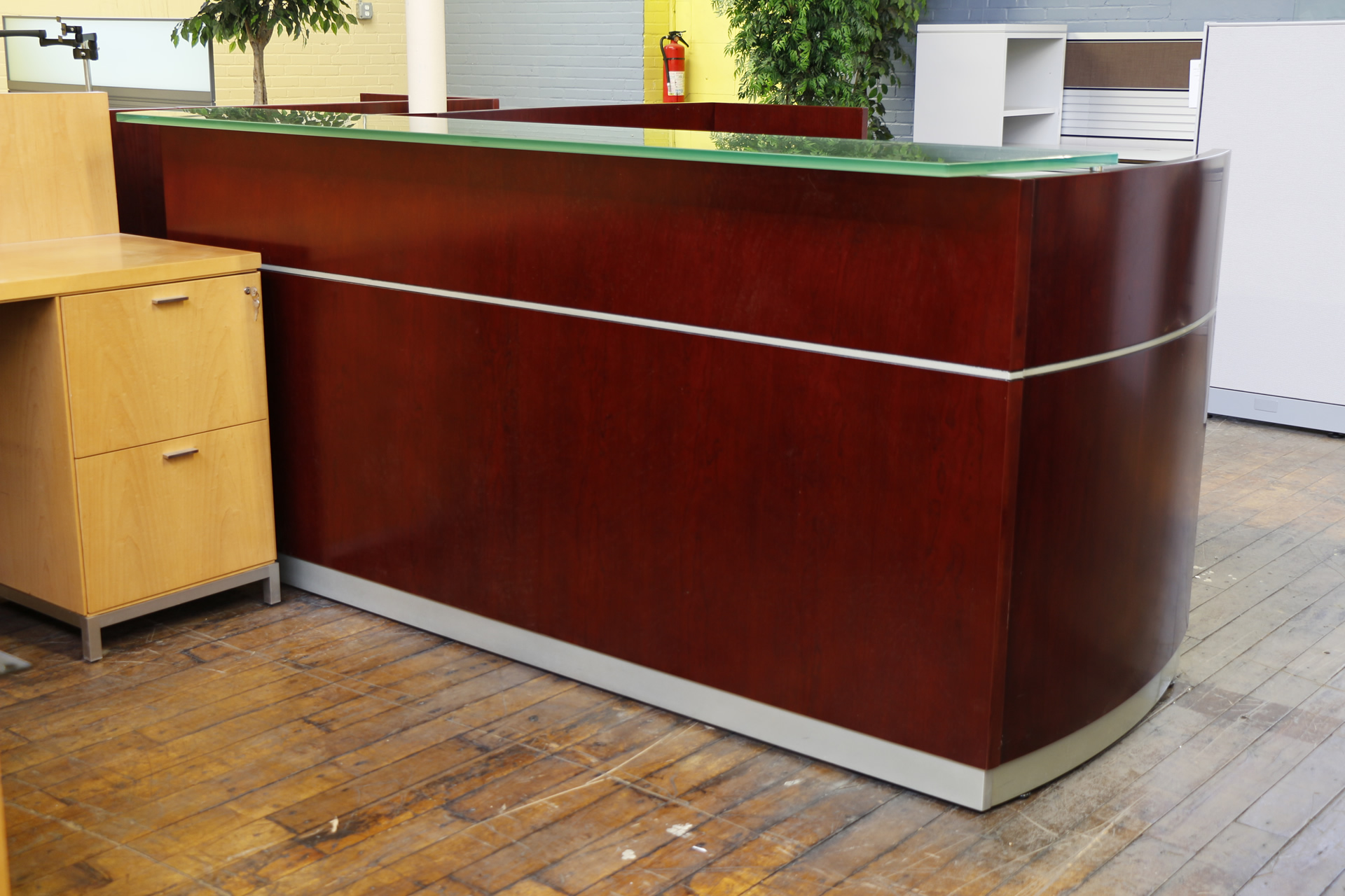 Peartreeofficefurniture Mg 4997 Jpg Mayline Napoli Reception Desk