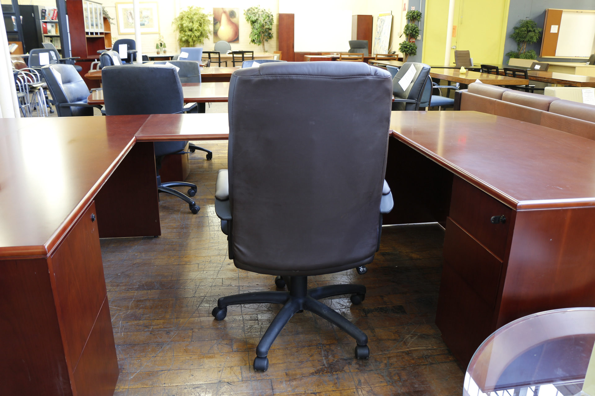 Brown Leather Hi-Back Executive Chair