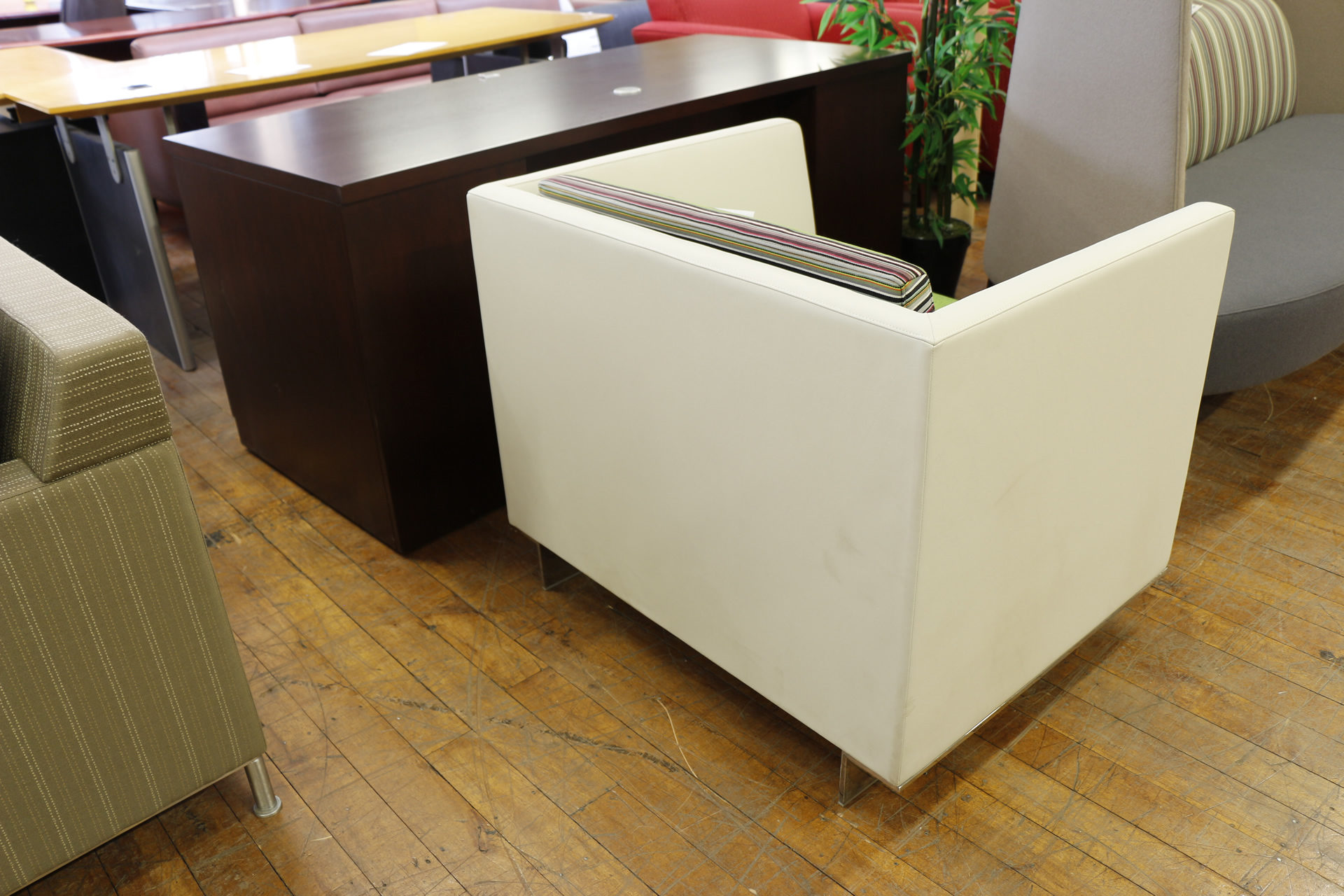 Teknion Vignette Club Leather Chairs