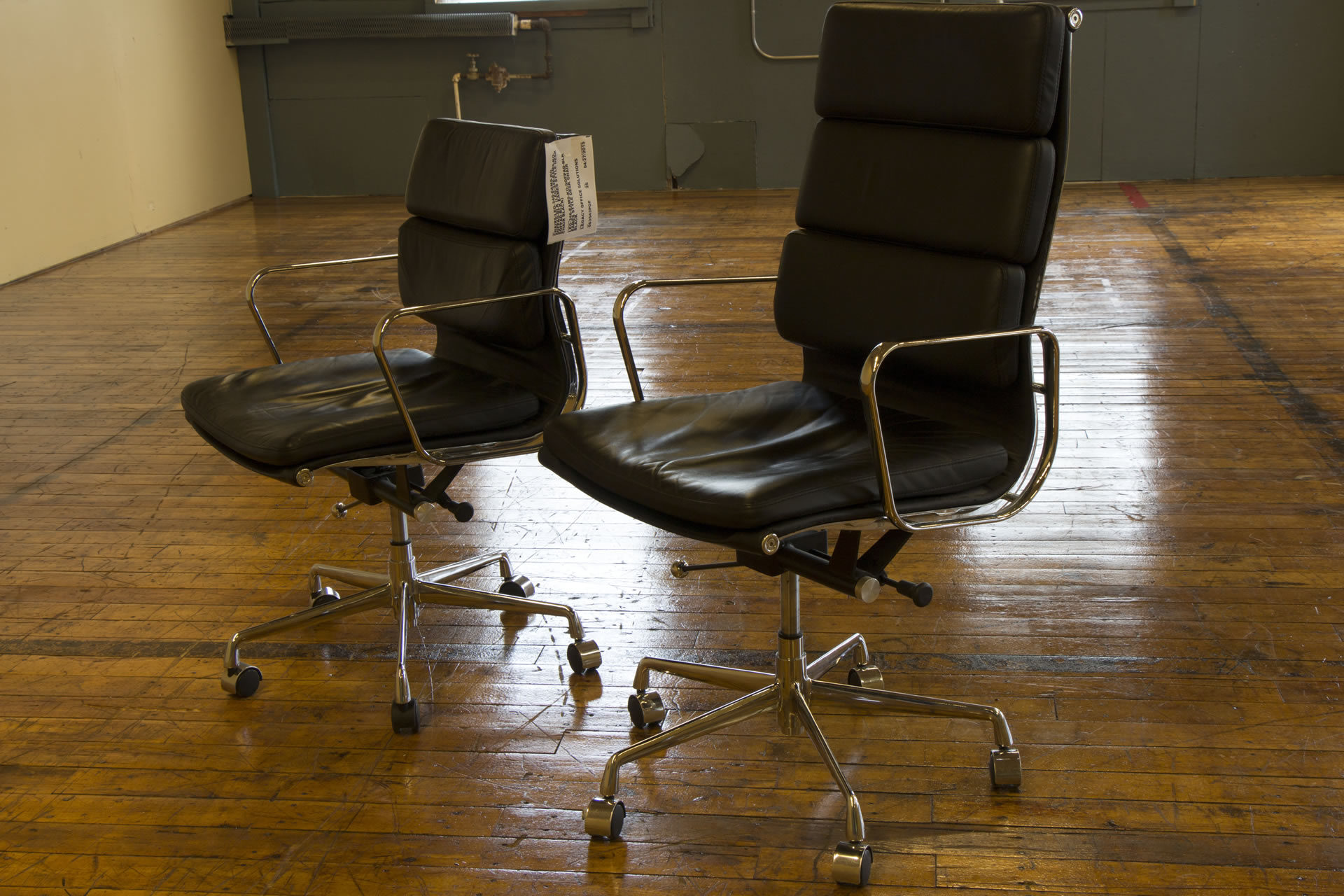 Eames Aluminum Group Style Soft Padded Hi-Back Black & Chrome Chairs