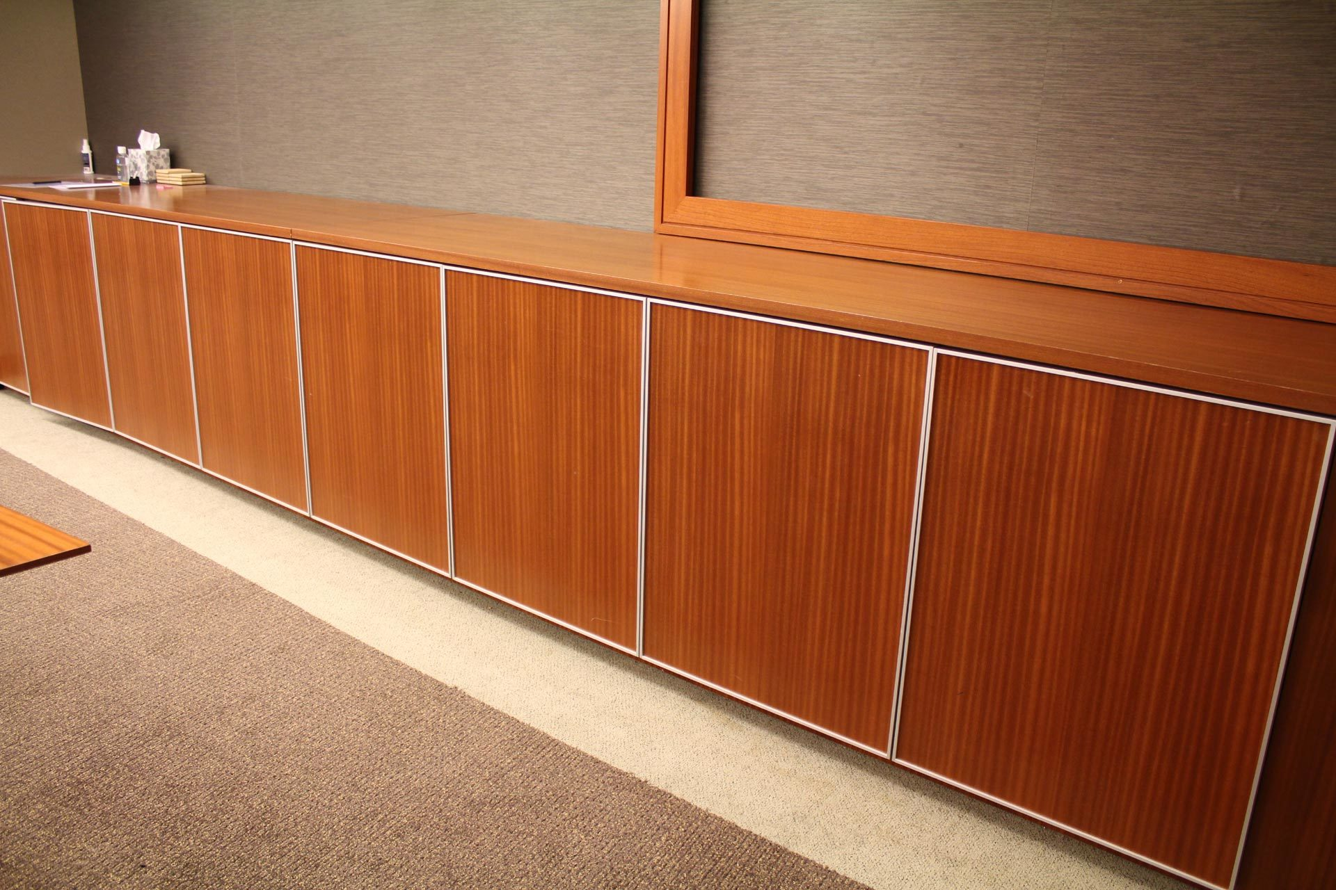 peartreeofficefurniture_peartreeofficefurniture_nienkamper-credenzas.jpg