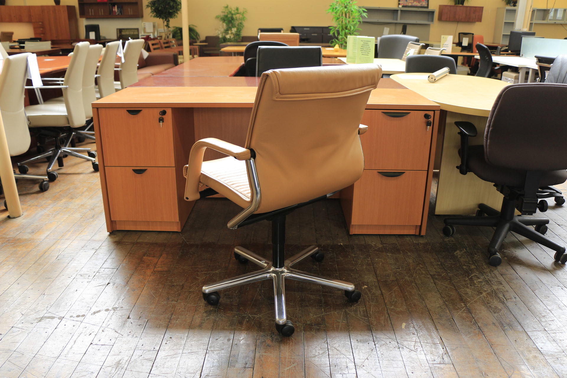 Vecta Butterscotch Leather Executive Chairs