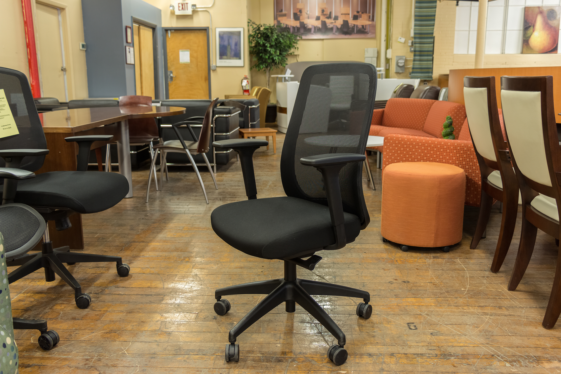 peartreeofficefurniture_peartreeofficefurniture_peartreeofficefurniture_ais-bolton-mesh-back-task-chairs-1.jpg
