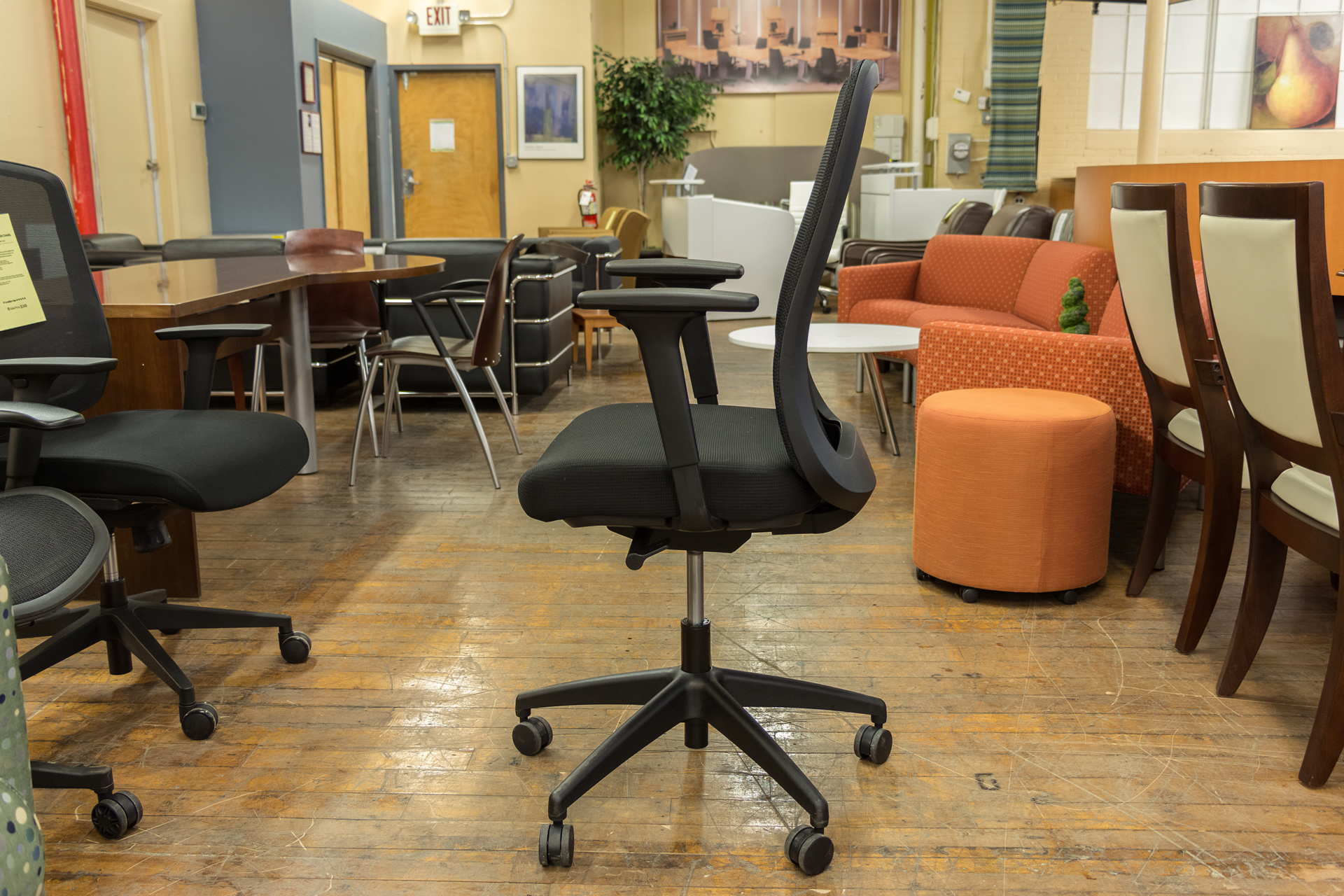 peartreeofficefurniture_peartreeofficefurniture_peartreeofficefurniture_ais-bolton-mesh-back-task-chairs-3.jpg
