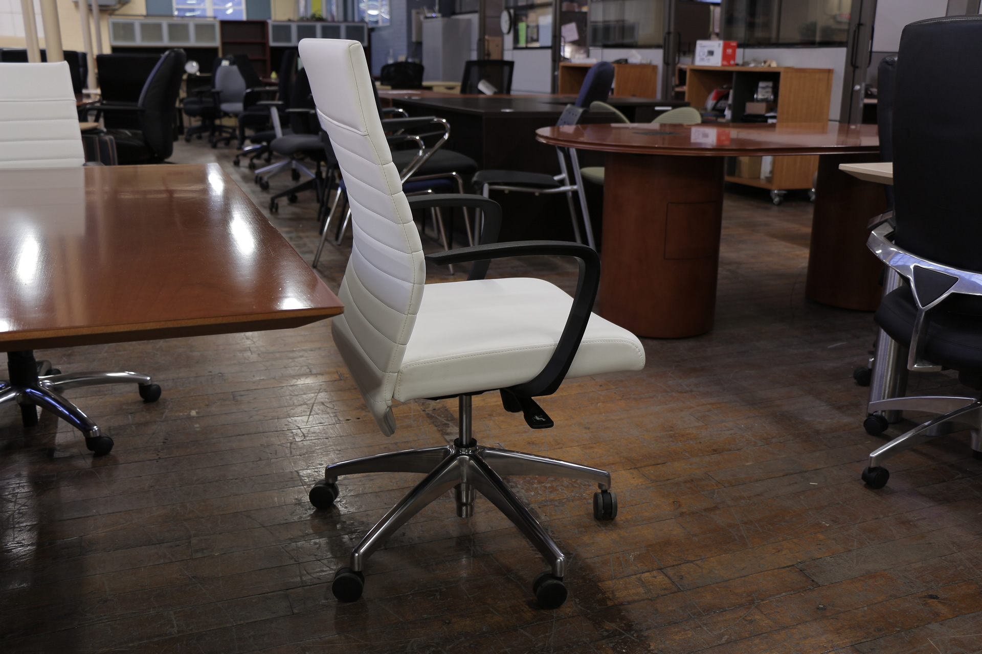 peartreeofficefurniture_peartreeofficefurniture_peartreeofficefurniture_compel-maxim-chairs-2.jpg