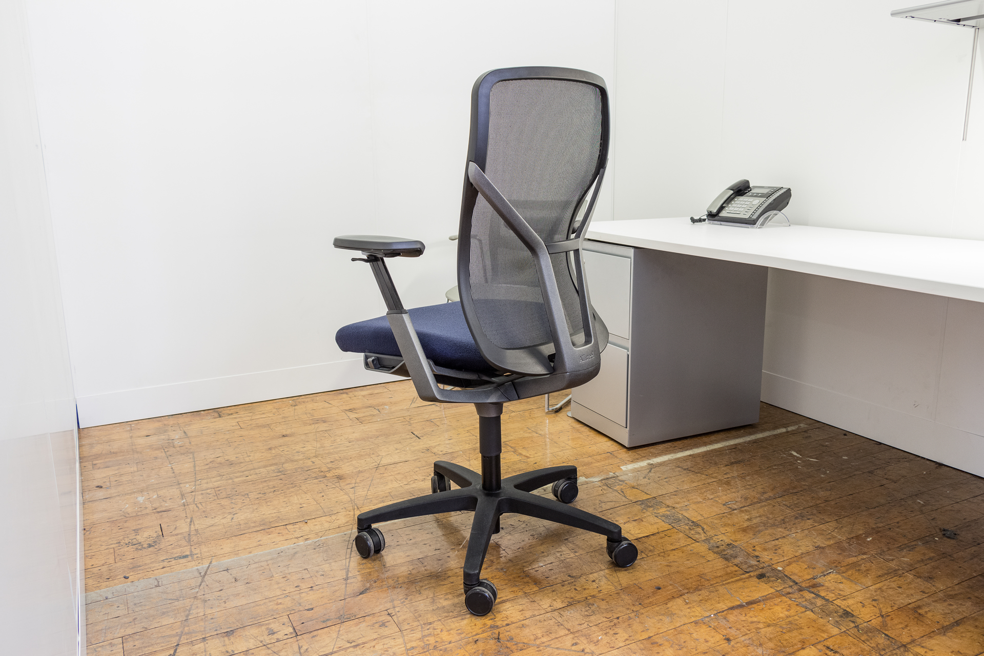 multi function mesh back task chair peartree office furniture