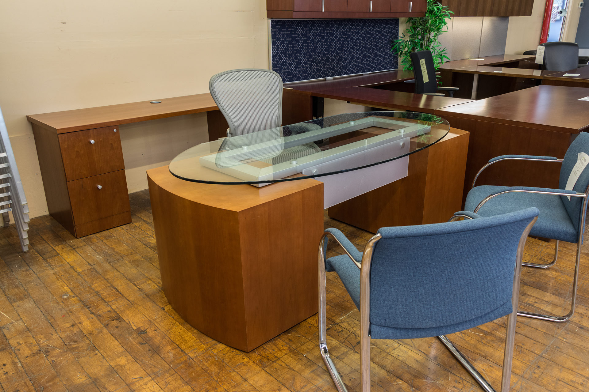 Gunlocke Glass Top Executive Desk & Credenza