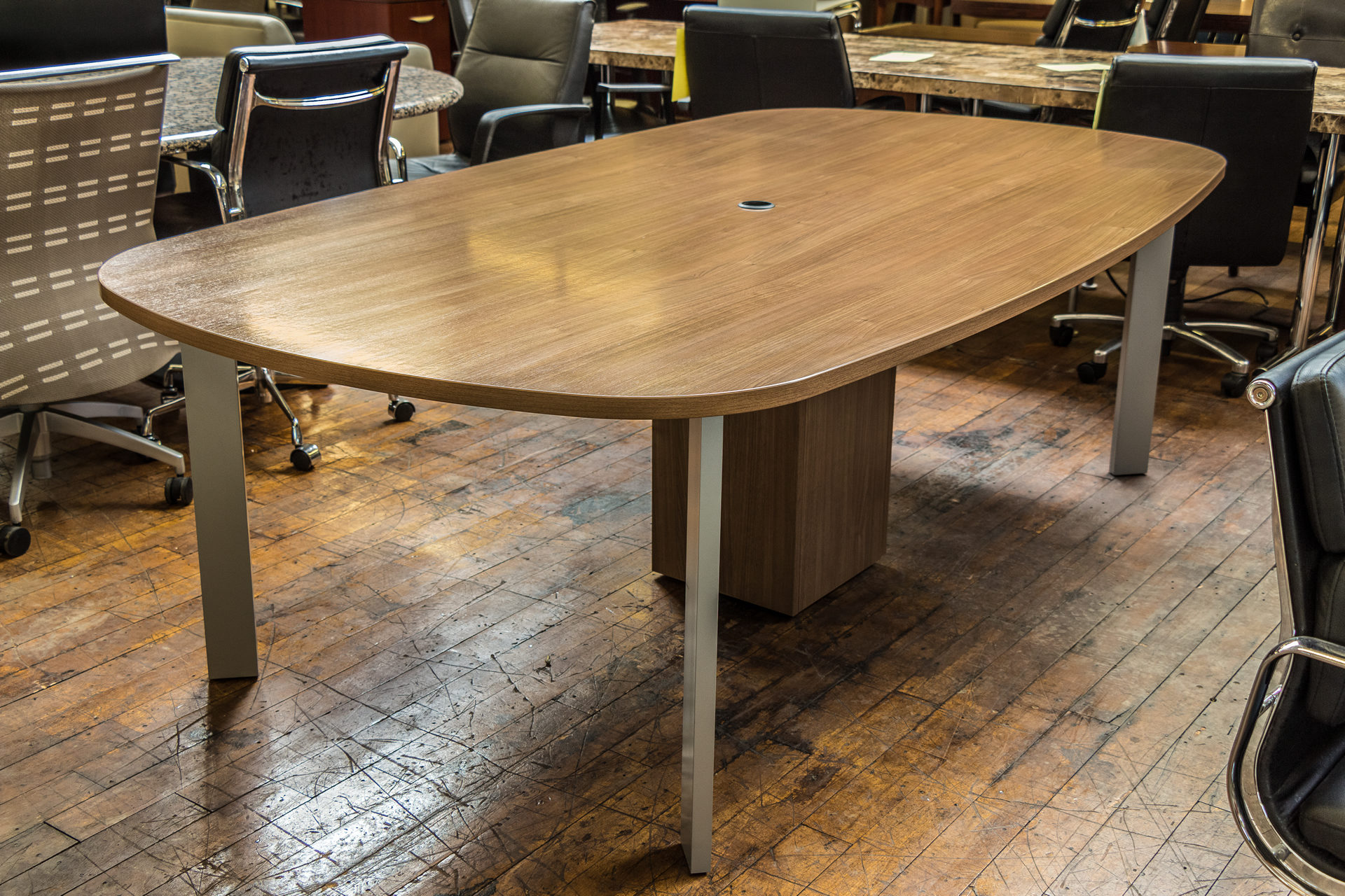 Haworth Planes Walnut 8′ x 4.5′ Conference Table