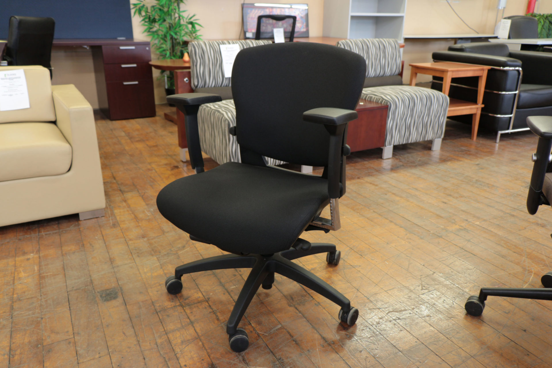 peartreeofficefurniture_peartreeofficefurniture_peartreeofficefurniture_img_8709.jpg