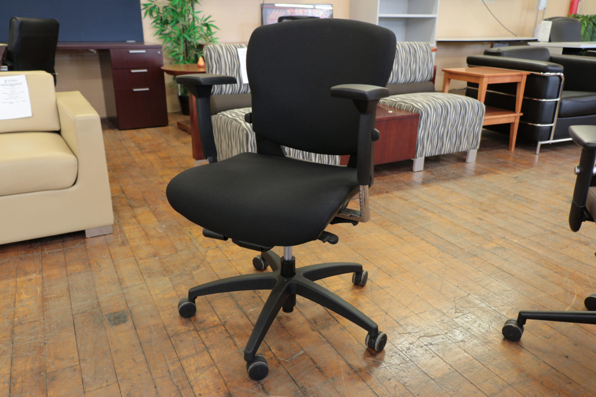 peartreeofficefurniture_peartreeofficefurniture_peartreeofficefurniture_img_8711.jpg