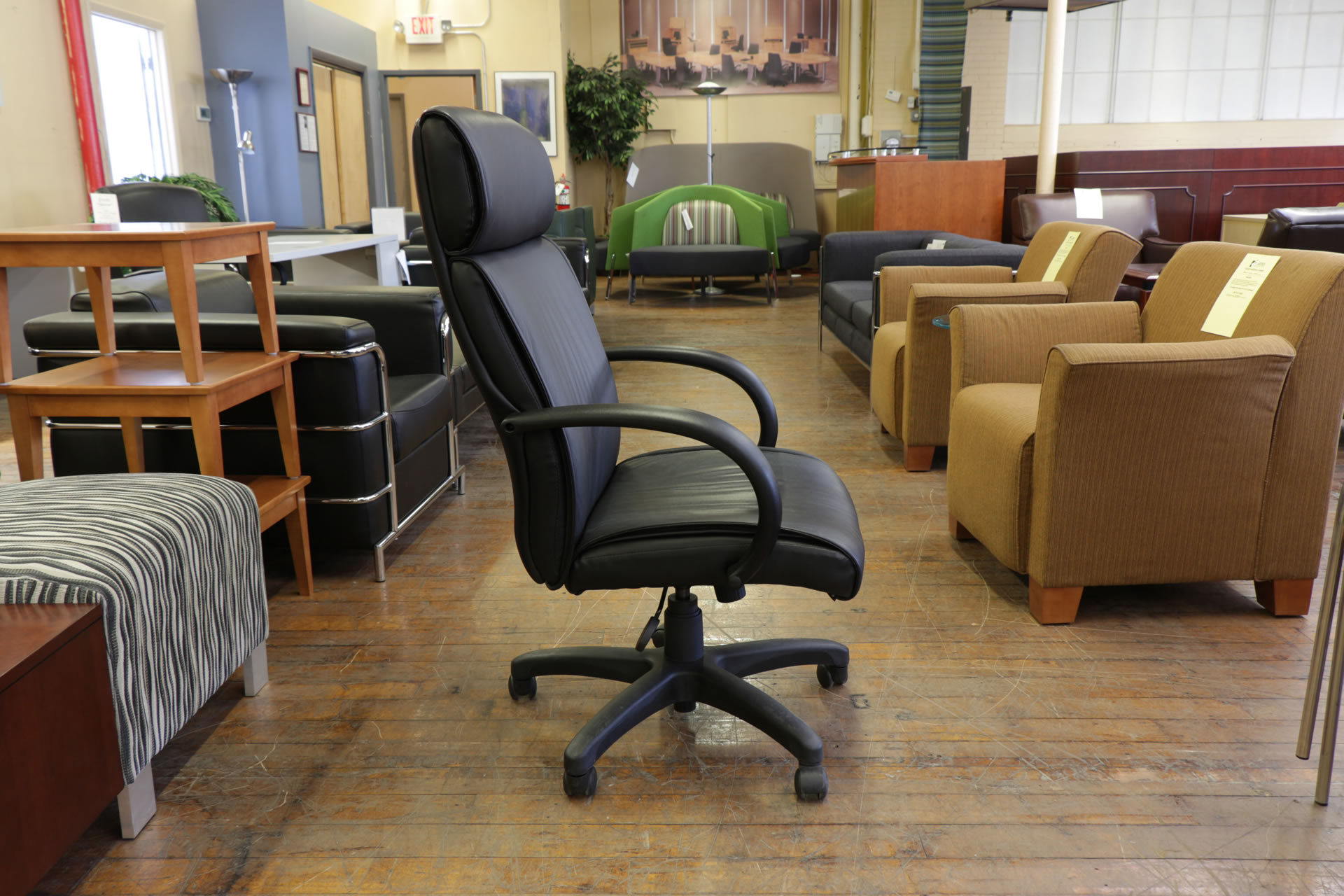 Steelcase 319 Executive High-Back Black Leather Task Chair