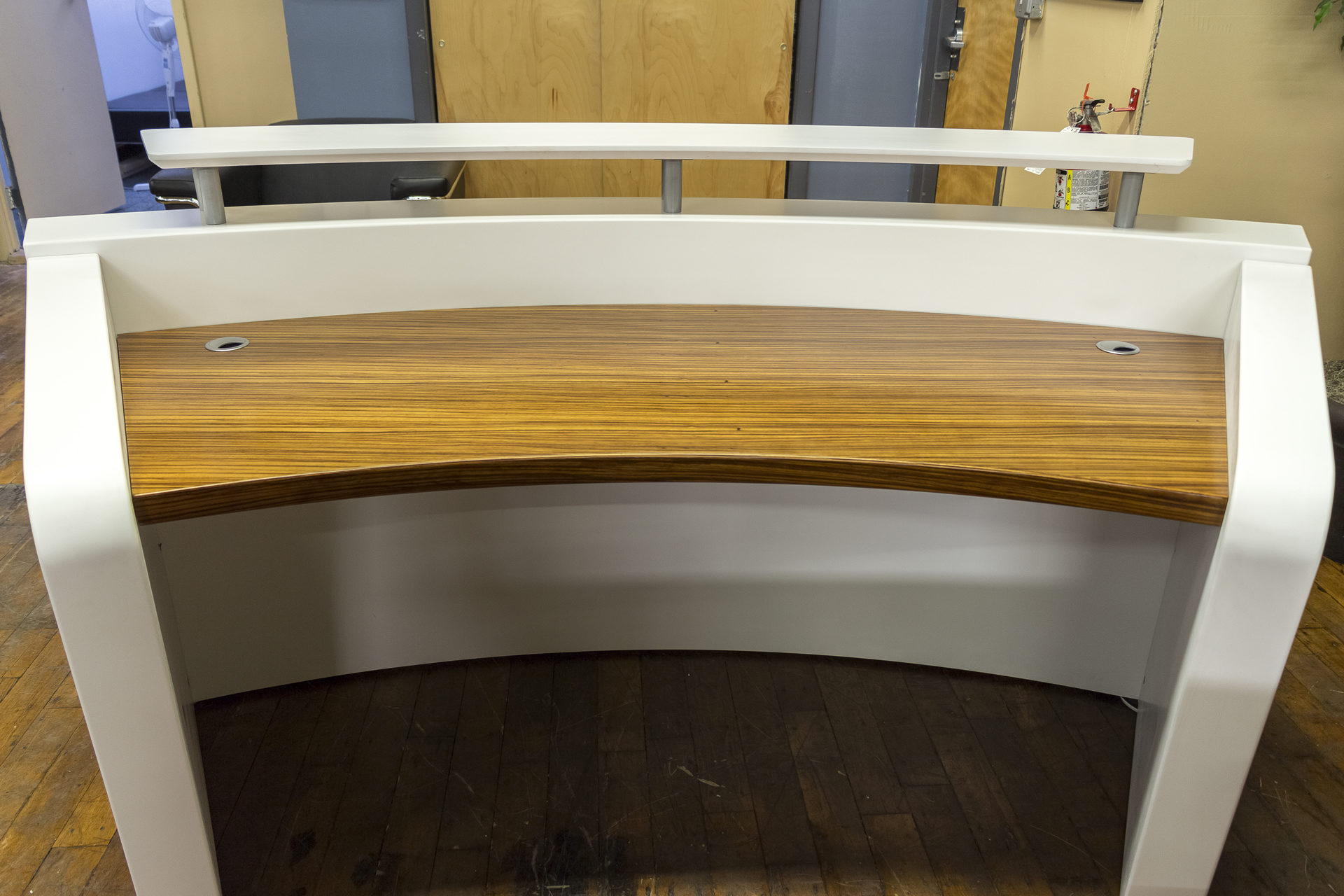 New Parker Series Reception Desks