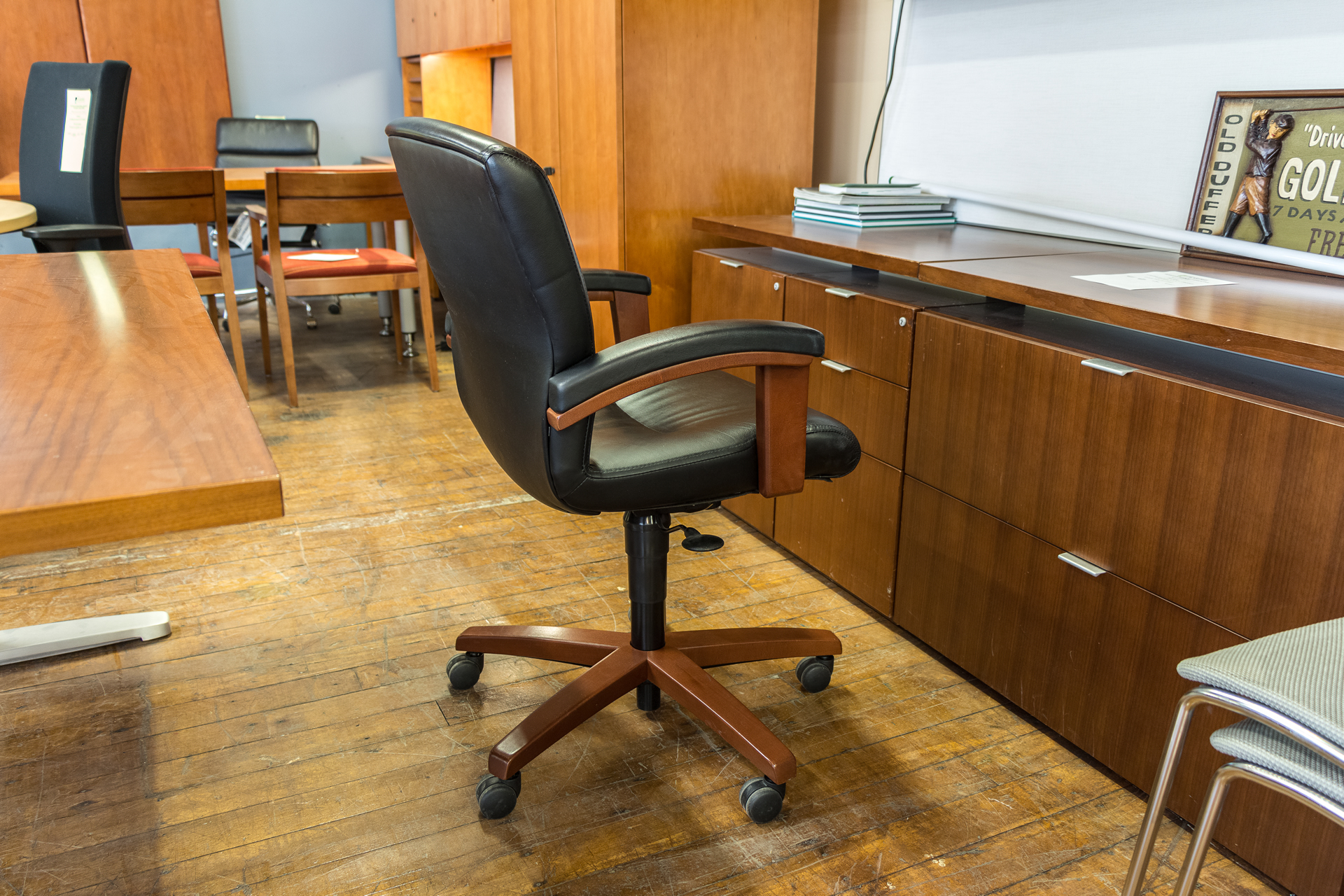 Steelcase Gentry Low Back Executive Chairs Peartree