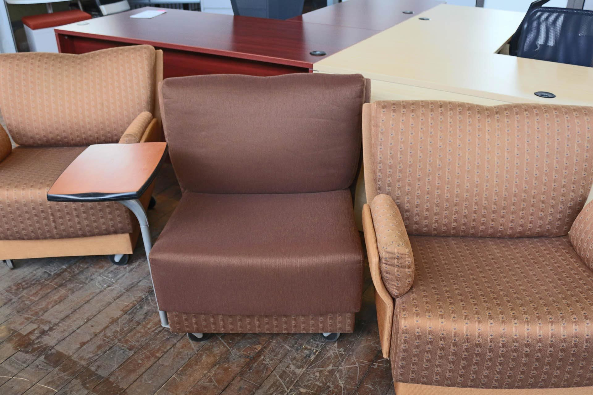 Metro Mobile Lounge Chairs