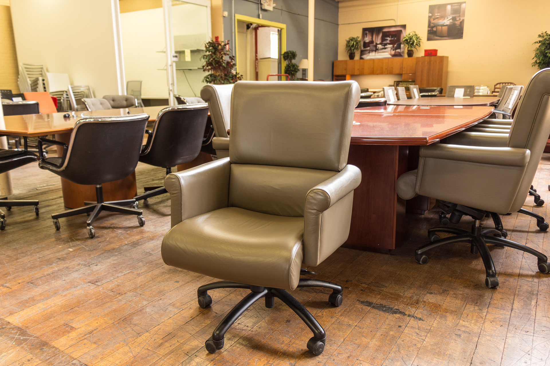 Fraser Contract Furniture Executive Conference Chairs Peartree Office Furniture