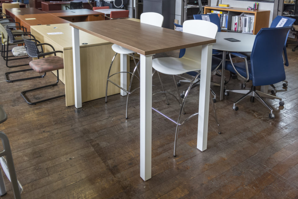 New Peartree Bar Height Laminate Tables