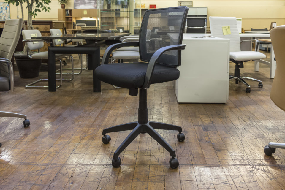 Offices To Go OTG10900B Mesh Back Managers Chair