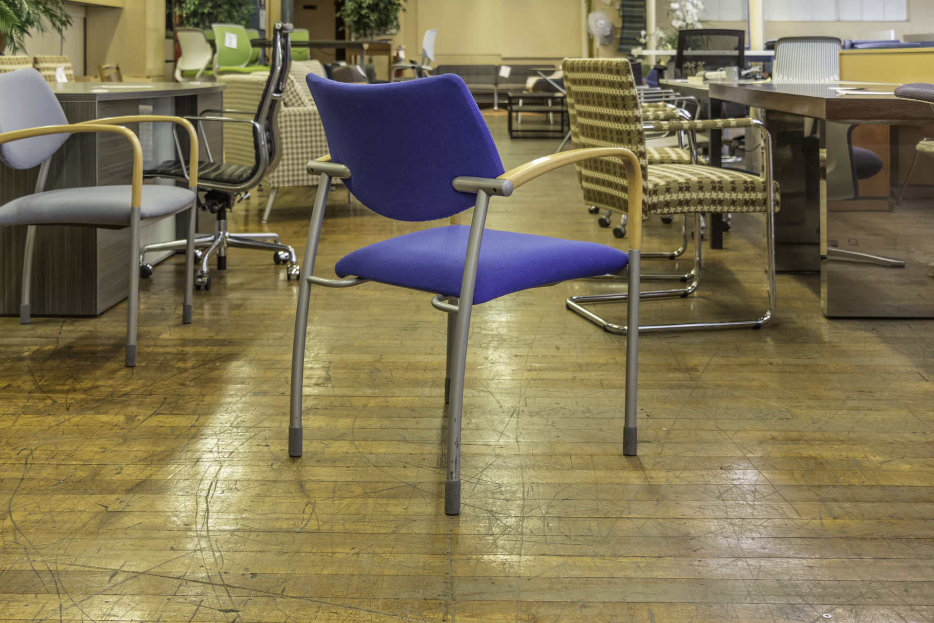 Gunlocke Molti Stacking Guest Chairs