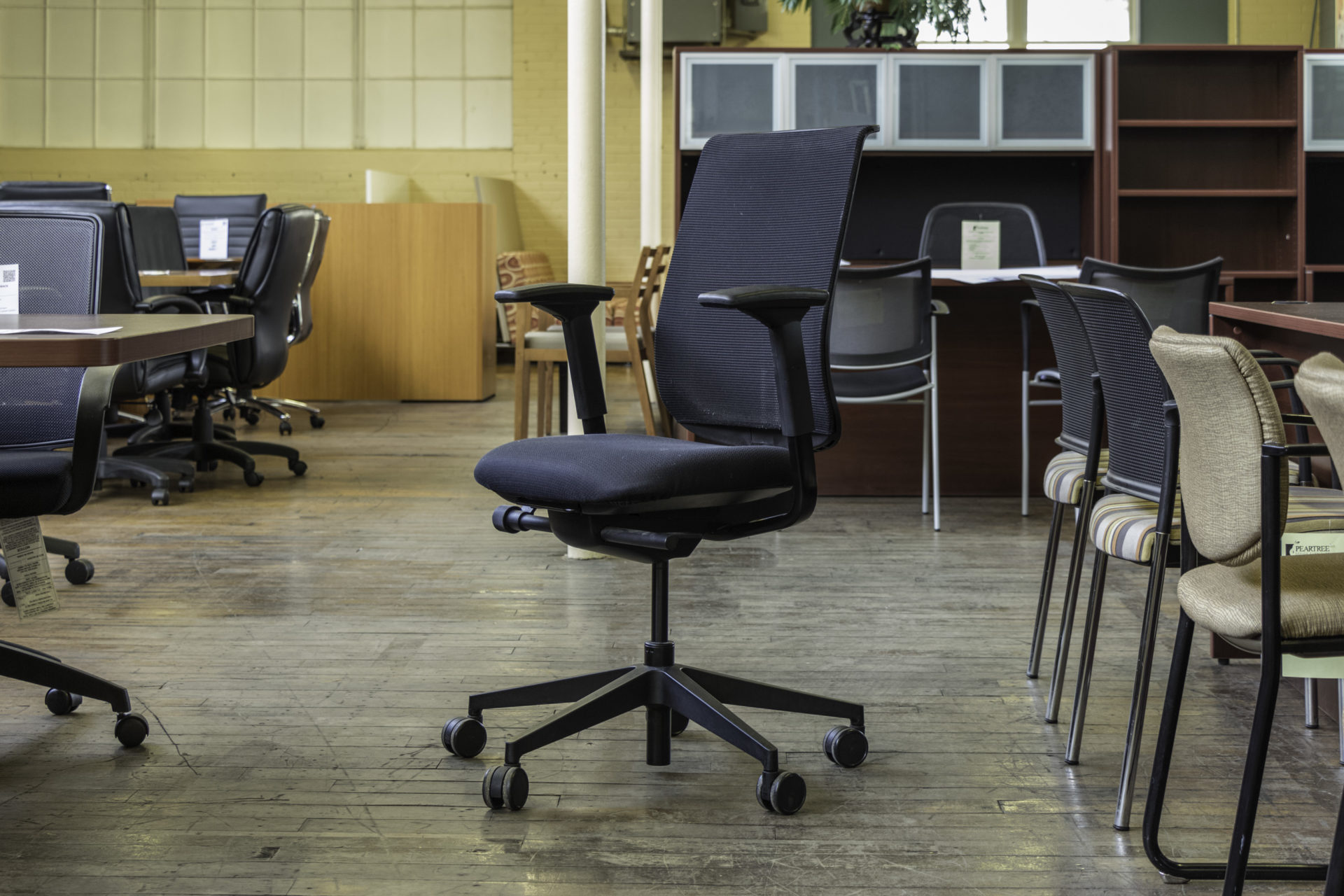 Turnstone Reply Mesh-Back Task Chairs