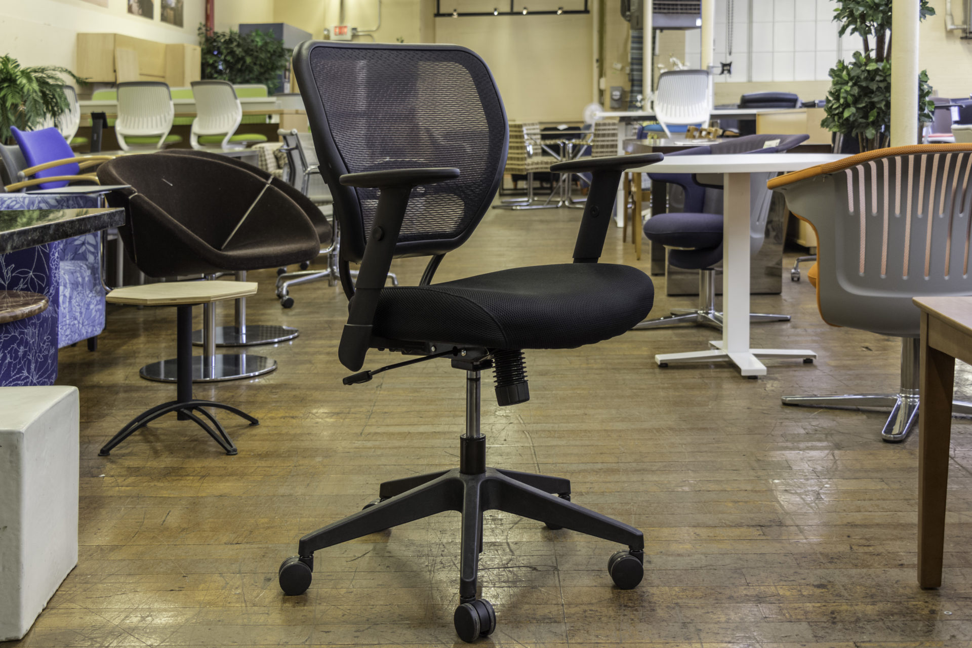 Office Star Space Seating 5500 Mesh Back Managers Chairs
