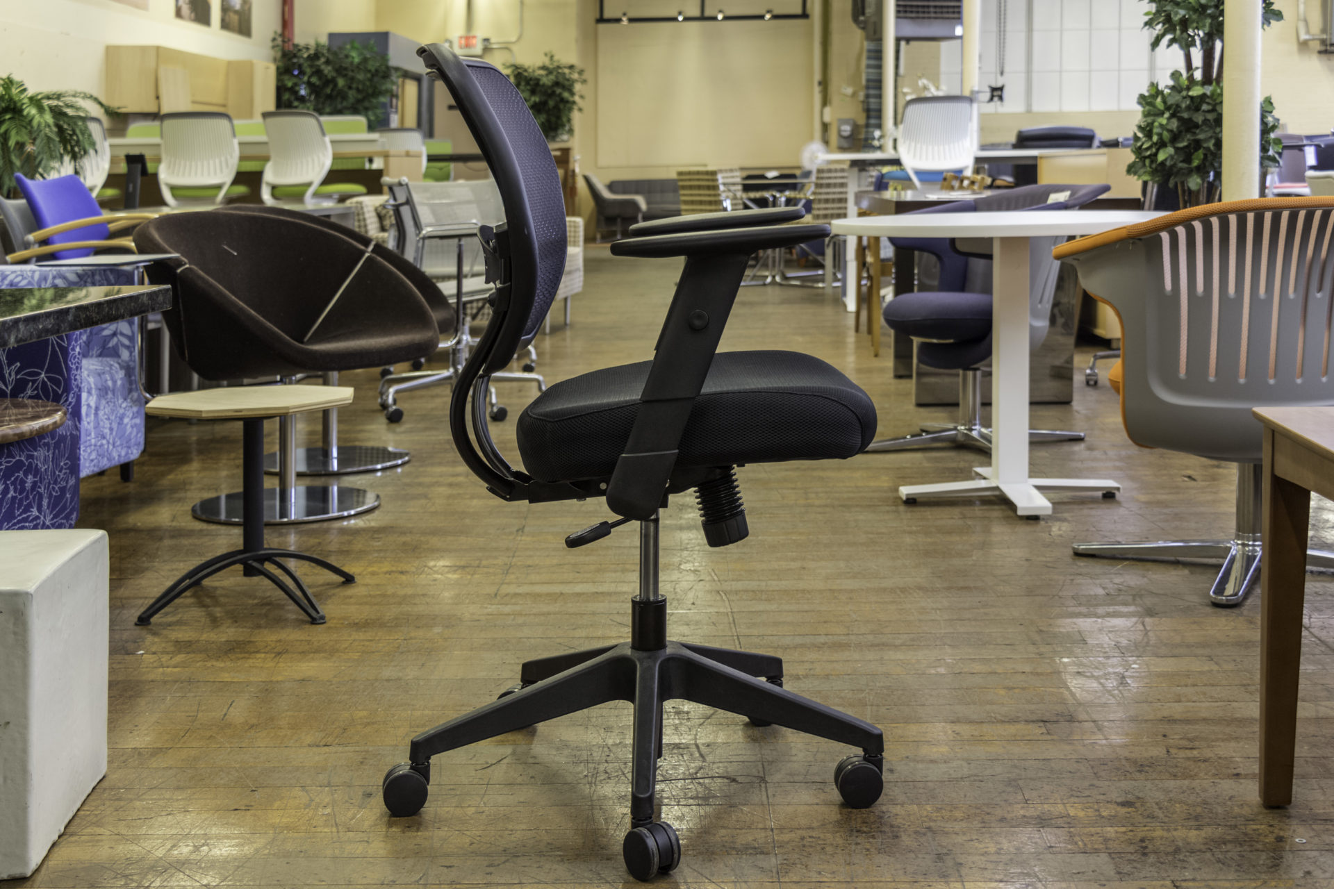 ... Office Star Space Seating 5500 Mesh Back Managers Chairs ...